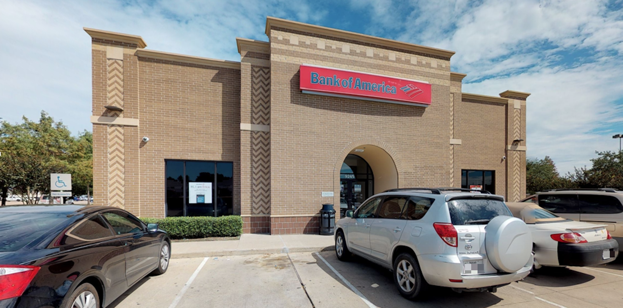 Bank of America financial center with drive-thru ATM and teller | 9245 Highway 6 S, Houston, TX 77083