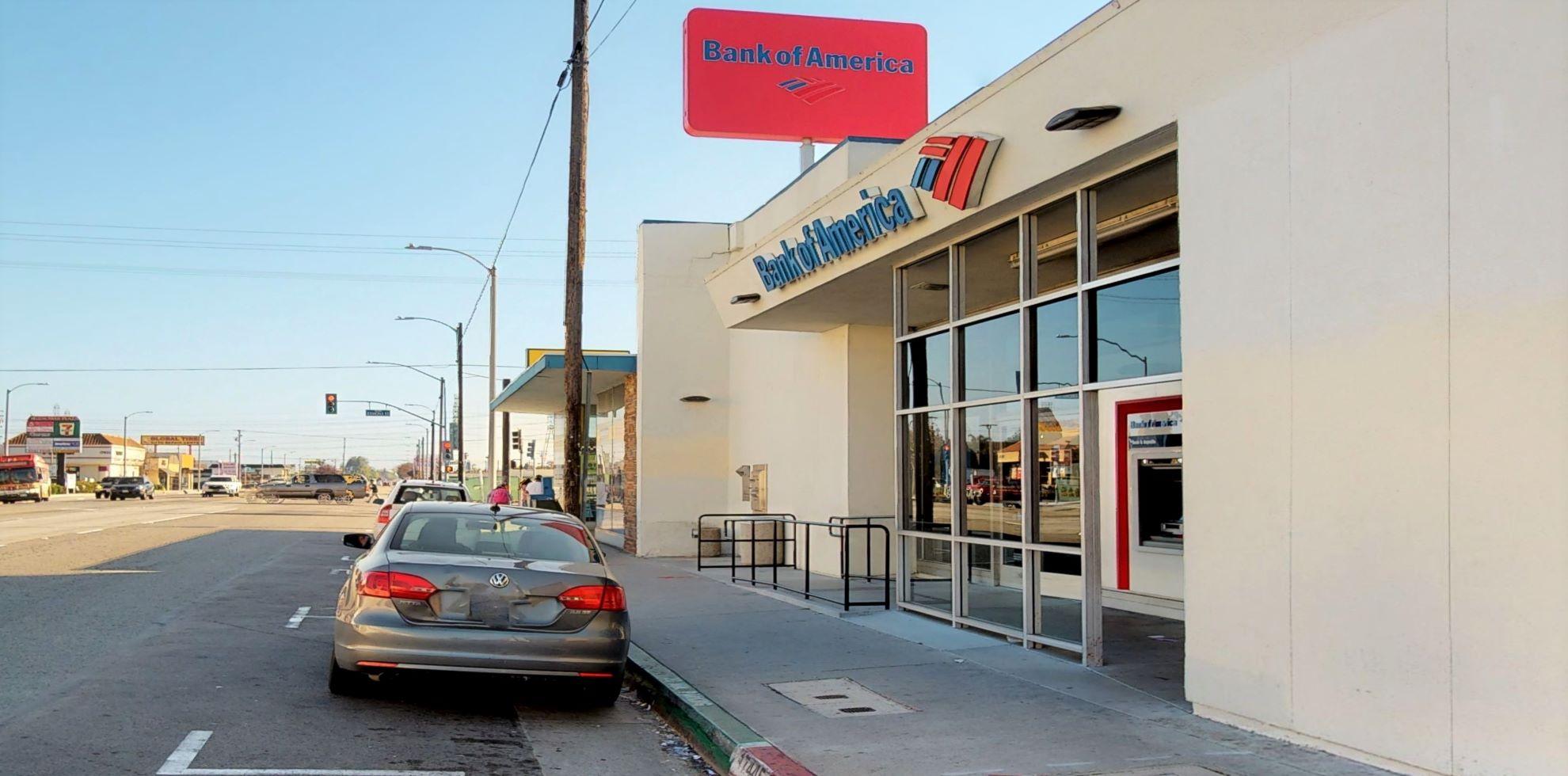 Bank of America financial center with walk-up ATM | 17445 Bellflower Blvd, Bellflower, CA 90706