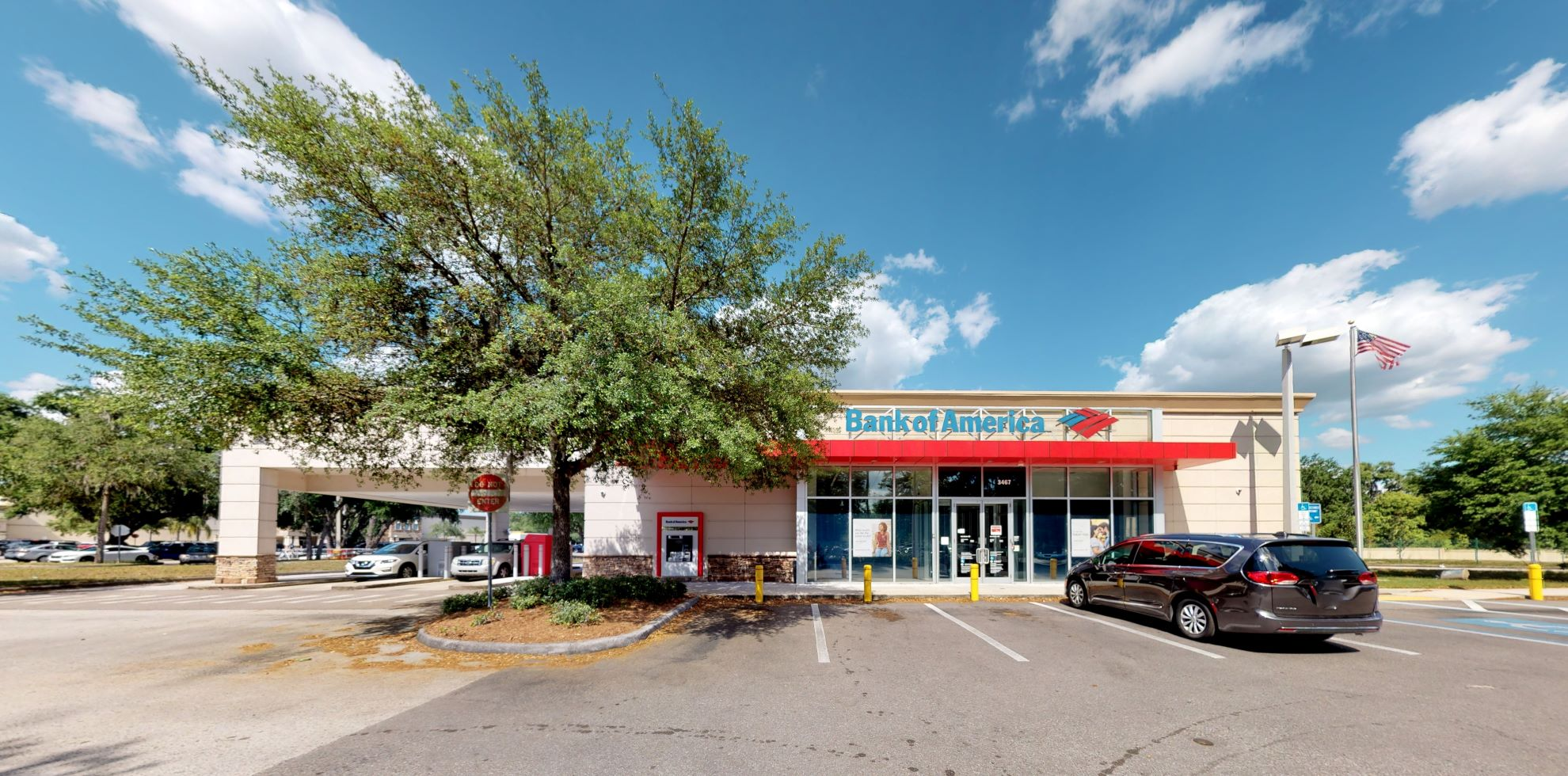 Bank of America financial center with drive-thru ATM   3467 Lithia Pinecrest Rd, Valrico, FL 33596