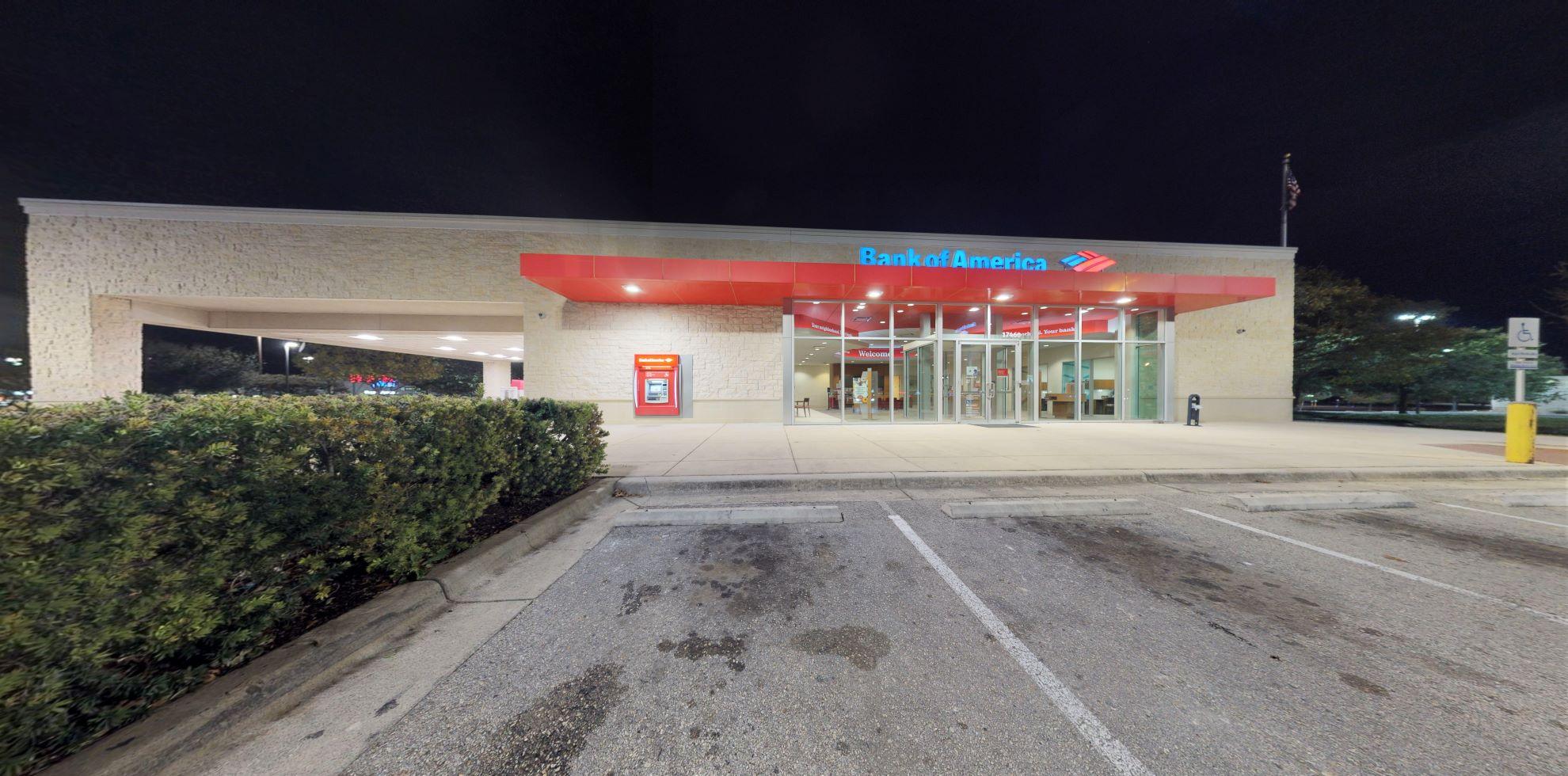 Bank of America financial center with drive-thru ATM | 17460 Interstate 35 N STE 300, Schertz, TX 78154
