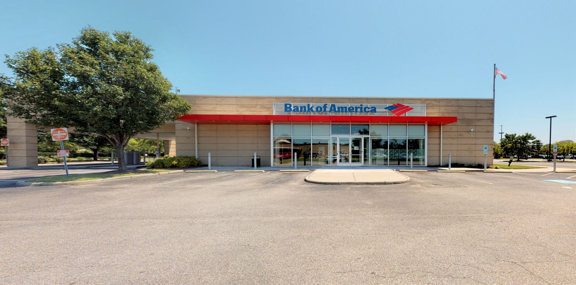 Bank of America financial center with drive-thru ATM and teller | 1125 Nimmo Pkwy, Virginia Beach, VA 23456