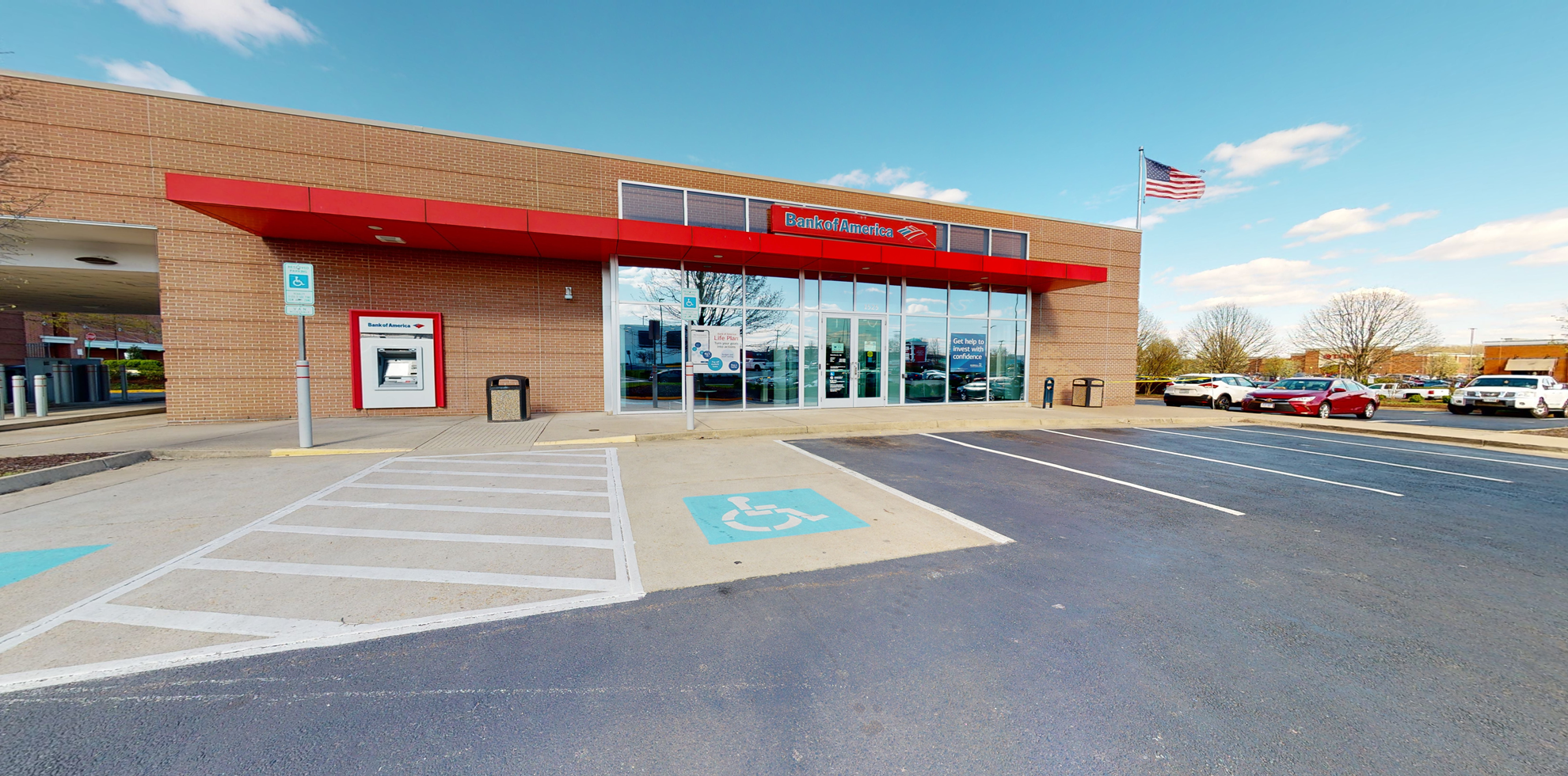 Bank of America financial center with drive-thru ATM | 1525 Stafford Market Pl, Stafford, VA 22556