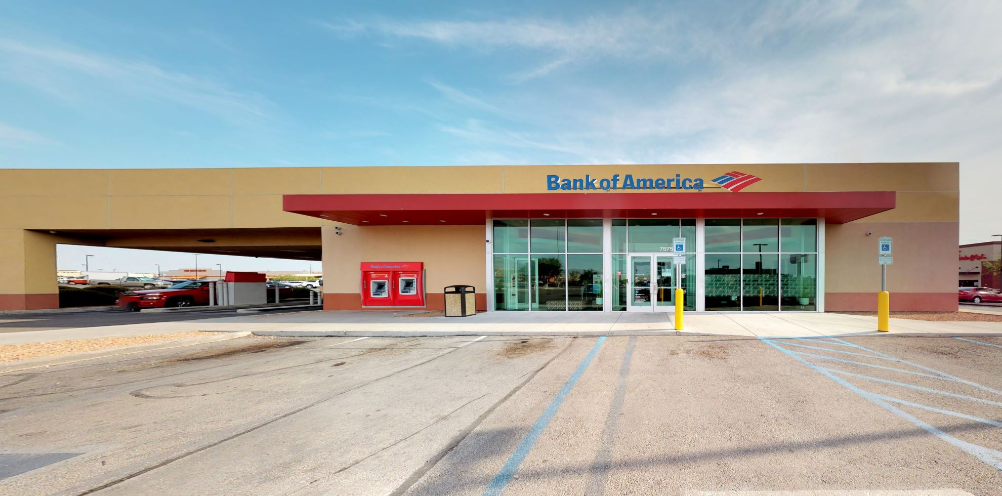 Bank of America financial center with drive-thru ATM and teller | 7575 N Mesa St, El Paso, TX 79912