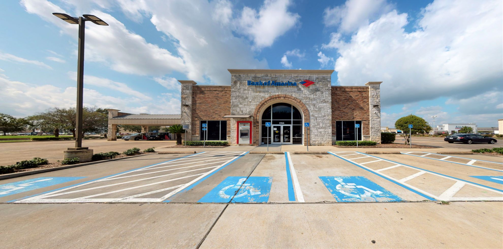 Bank of America financial center with drive-thru ATM | 2344 Highway 6 S, Houston, TX 77077