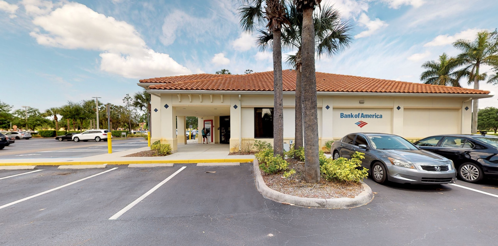 Bank of America financial center with drive-thru ATM   10840 Miromar Outlet Dr, Estero, FL 33928