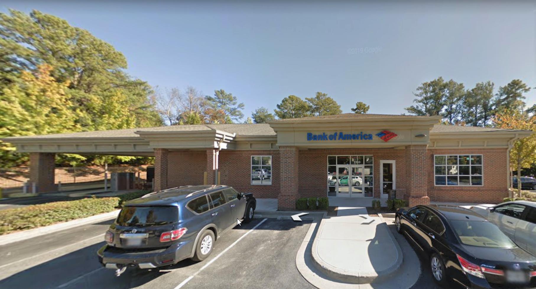 Bank of America financial center with drive-thru ATM and teller | 3310 Old Alabama Rd, Alpharetta, GA 30022