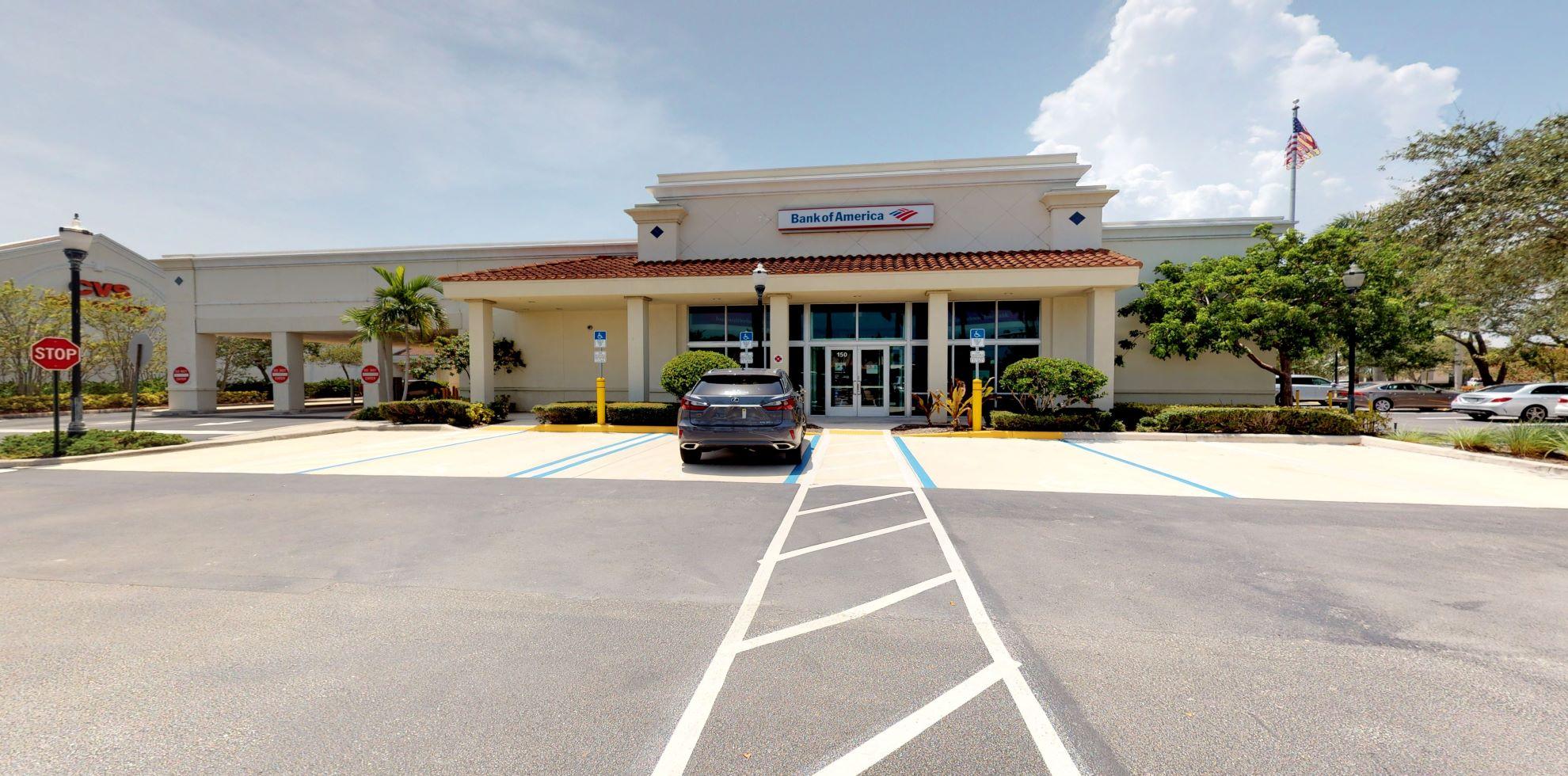 Bank of America financial center with drive-thru ATM | 150 Tequesta Dr, Tequesta, FL 33469
