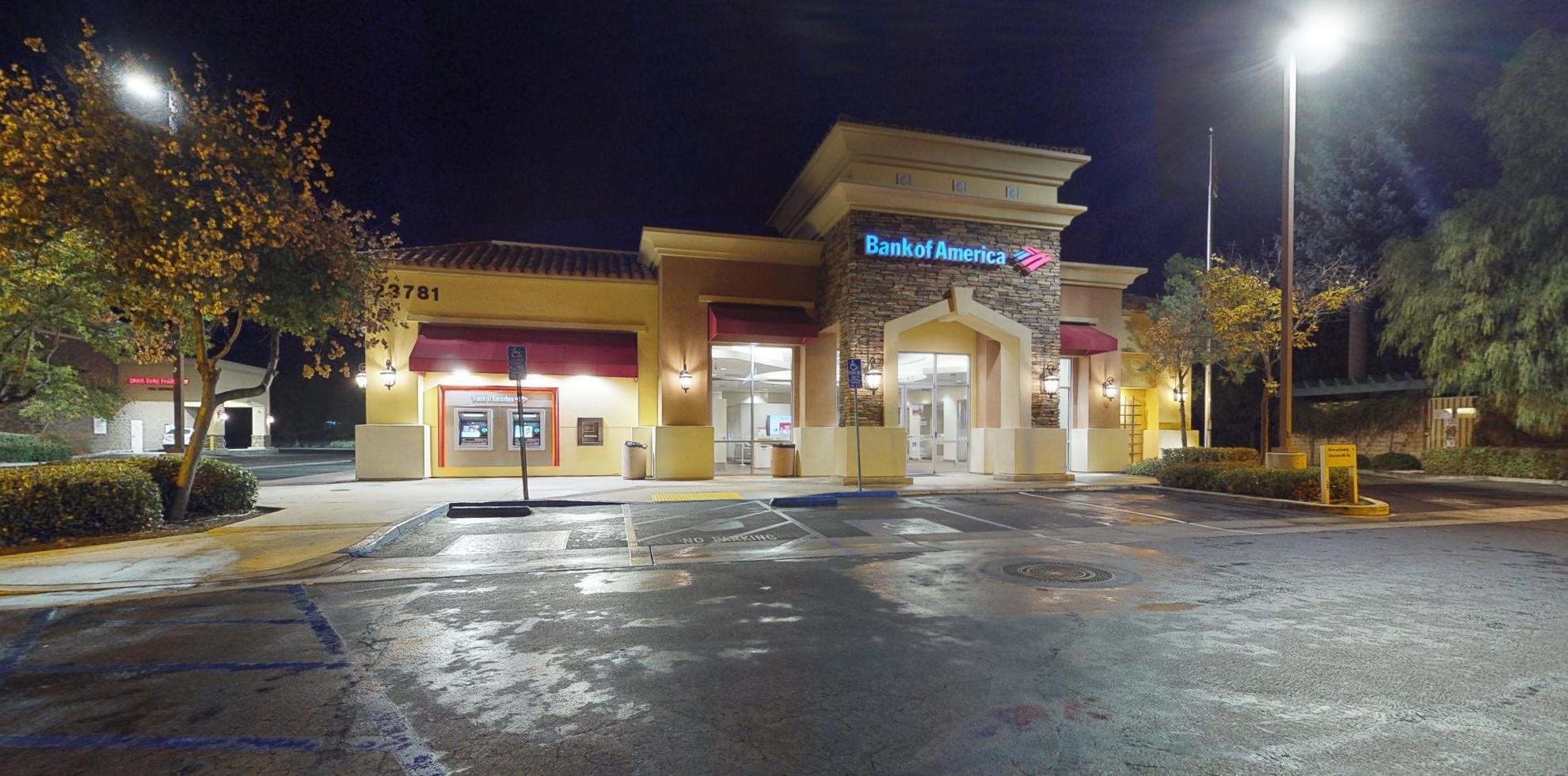 Bank of America financial center with drive-thru ATM | 23781 Washington Ave, Murrieta, CA 92562
