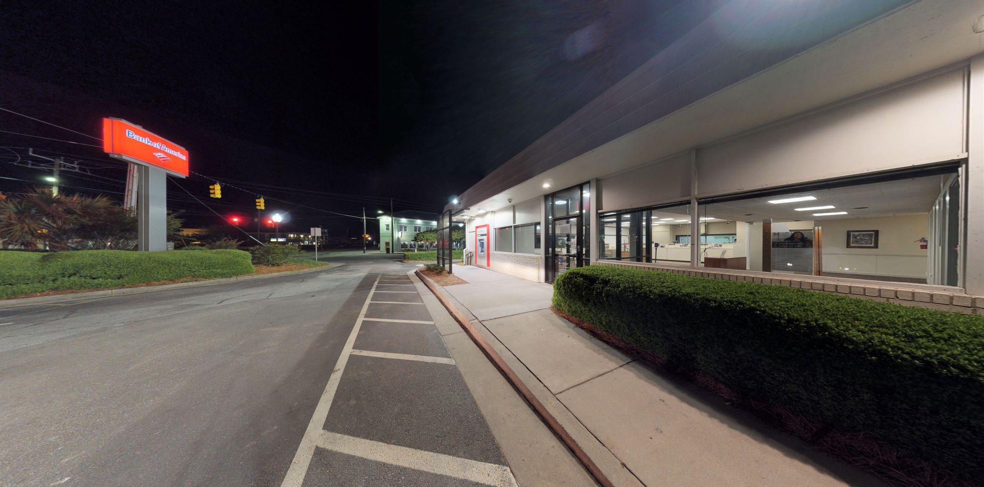 Bank of America financial center with walk-up ATM | 122 Harper Ave, Carolina Beach, NC 28428