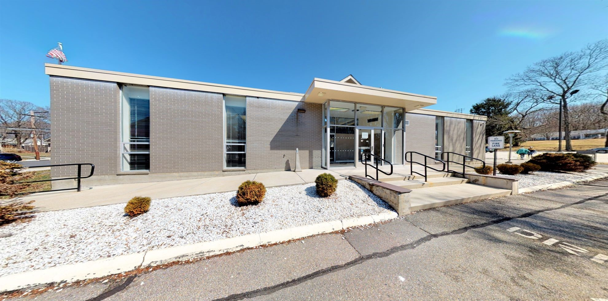 Bank of America financial center with drive-thru ATM | 304 Main St, Danielson, CT 06239