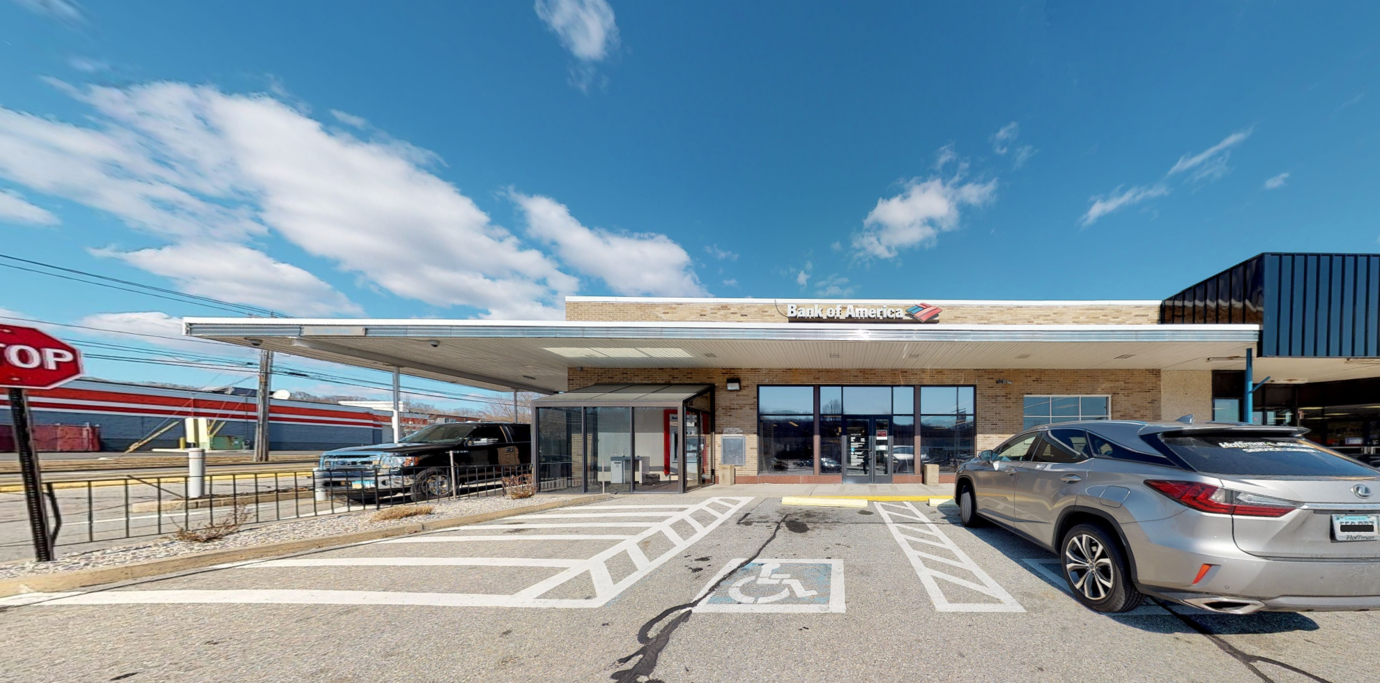 Bank of America financial center with drive-thru ATM | 738 Long Hill Rd, Groton, CT 06340
