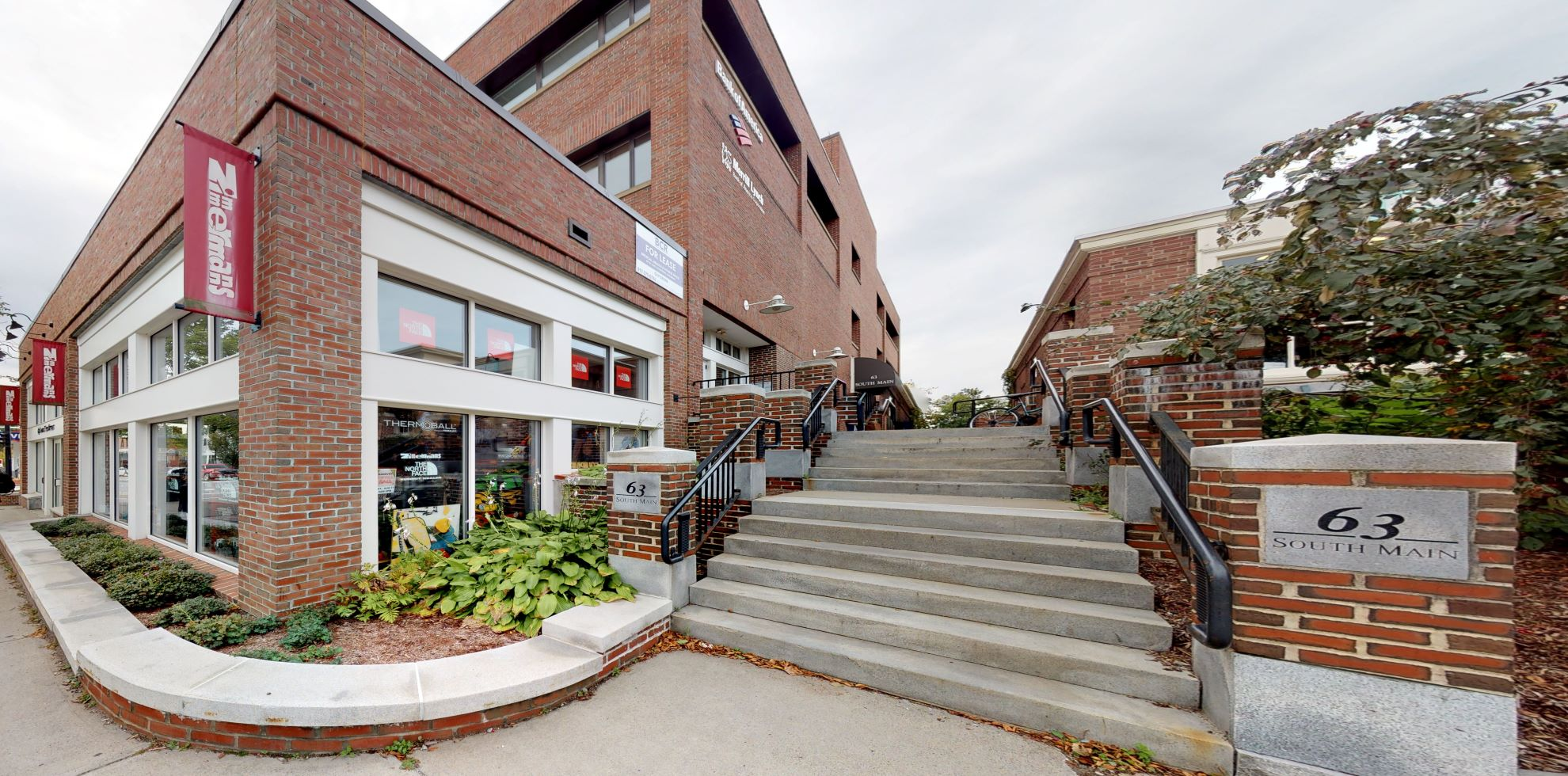 Bank of America financial center with drive-thru ATM | 63 S Main St, Hanover, NH 03755