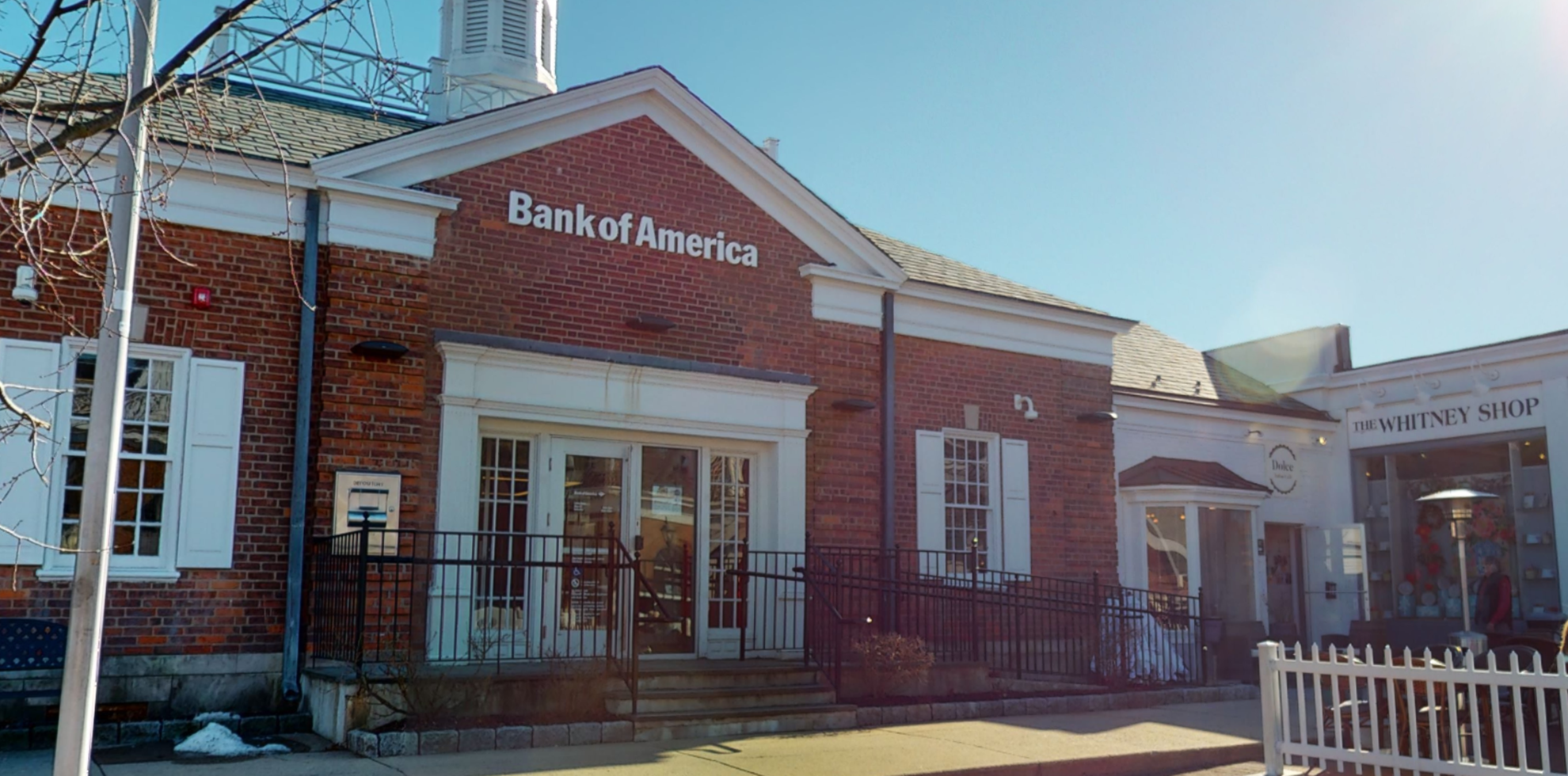 Bank of America financial center with drive-thru ATM   94 Elm St, New Canaan, CT 06840