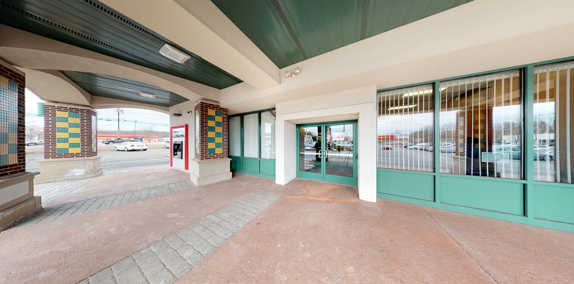 Bank of America financial center with drive-thru ATM | 1232 Farmington Ave, Bristol, CT 06010