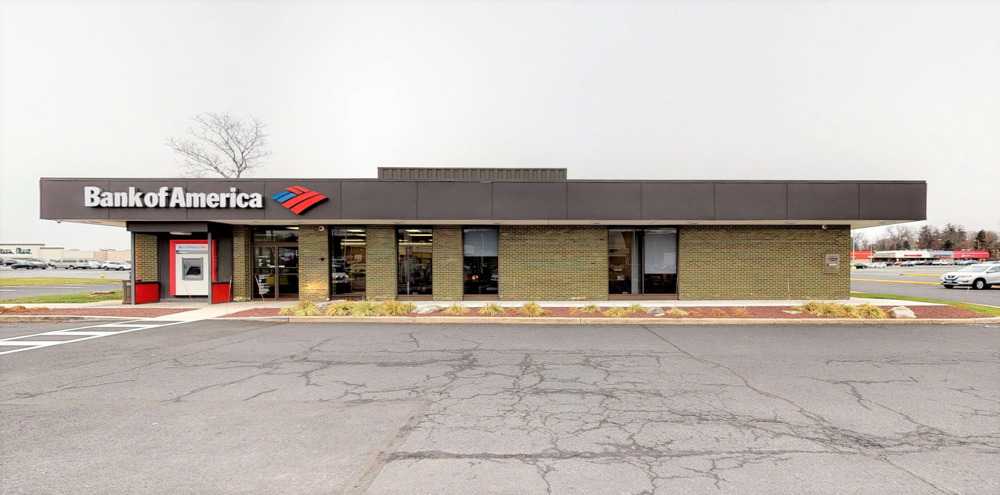 Bank of America financial center with drive-thru ATM and teller | 3300 Lehigh St, Allentown, PA 18103