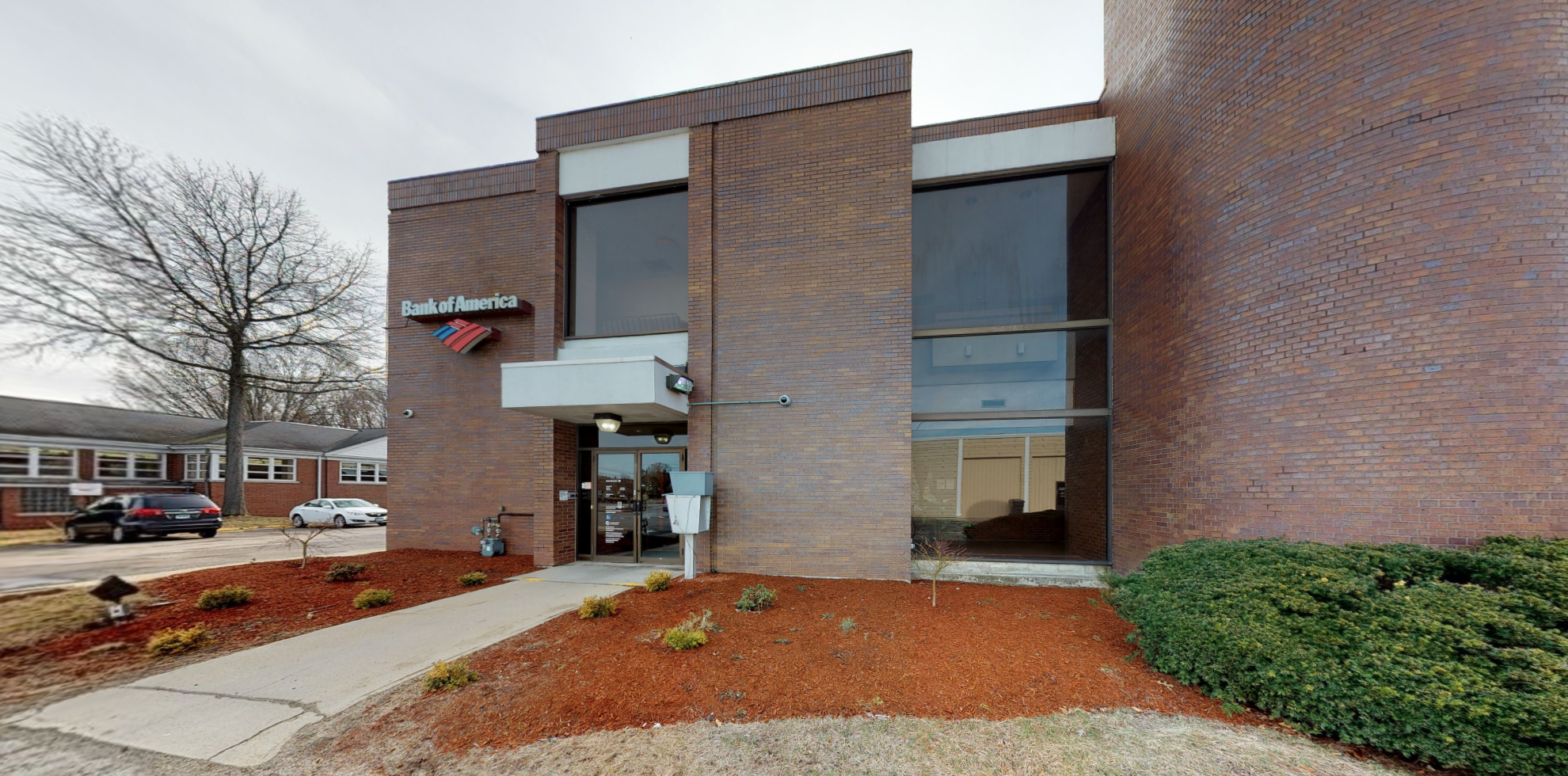 Bank of America financial center with drive-thru ATM | 211 Kennedy Dr, Putnam, CT 06260