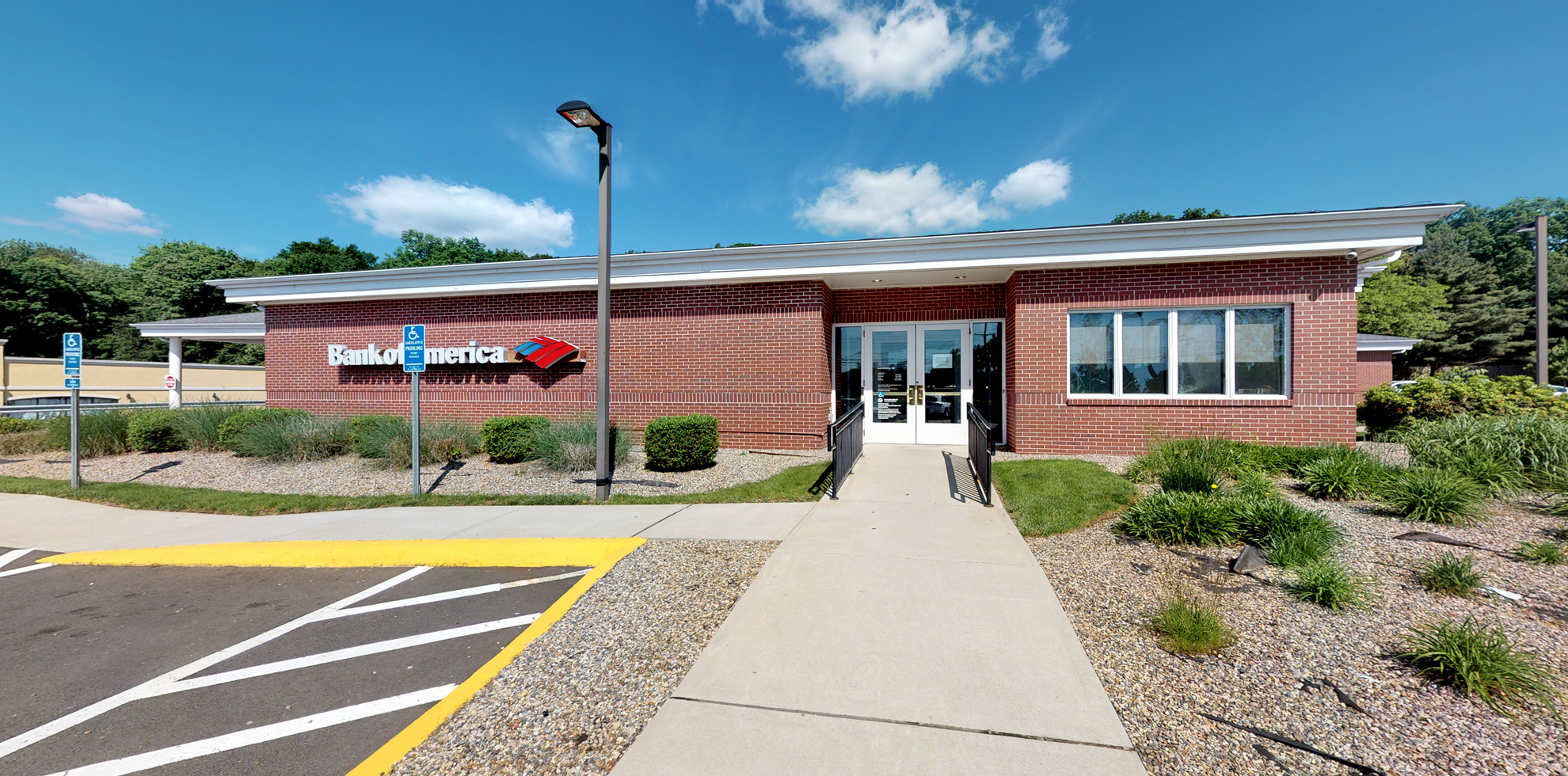 Bank of America financial center with drive-thru ATM   445 Boston Post Rd, Orange, CT 06477