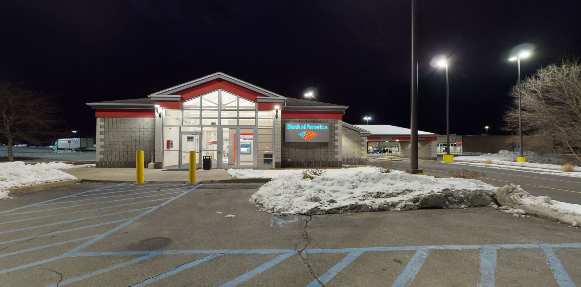 Bank of America financial center with drive-thru ATM   1428 Altamont Ave, Schenectady, NY 12303