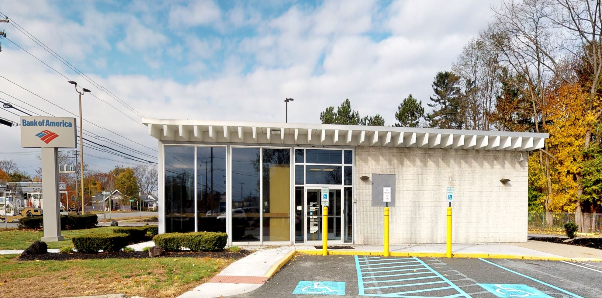 Bank of America financial center with drive-thru ATM | 1791 Western Ave, Albany, NY 12203