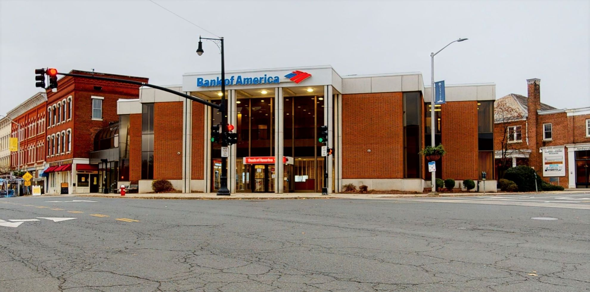 Bank of America financial center with walk-up ATM | 1 S Pleasant St, Amherst, MA 01002