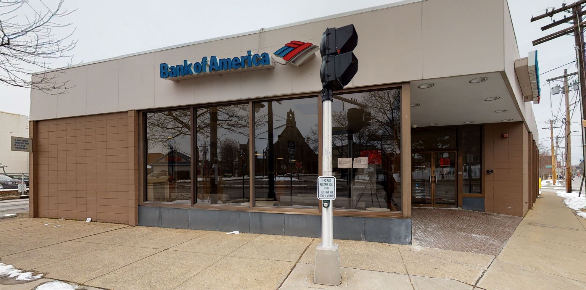 Bank of America financial center with drive-thru ATM   661 Broadway, Providence, RI 02909