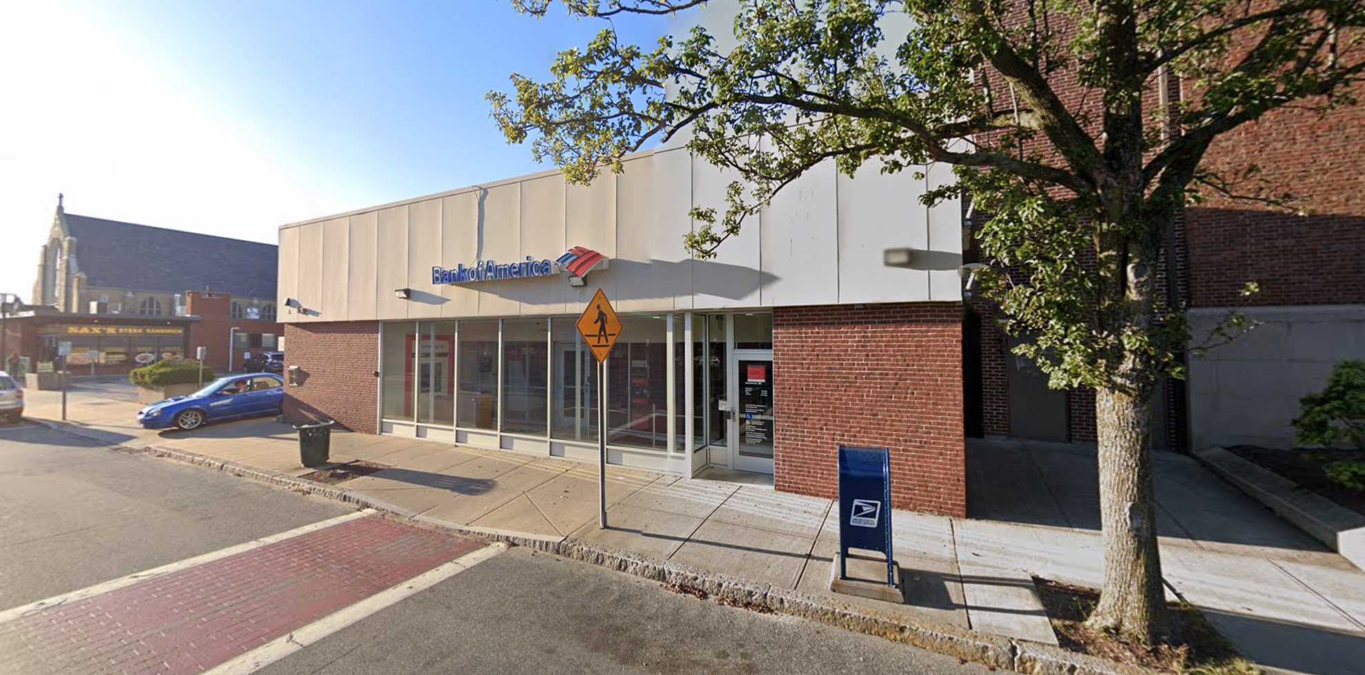 Bank of America financial center with drive-thru ATM | 218 Taunton Ave, East Providence, RI 02914