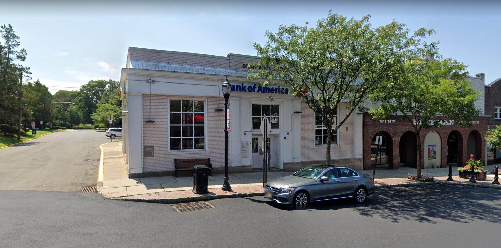 Bank of America financial center with drive-thru ATM | 252 Rock Rd, Glen Rock, NJ 07452
