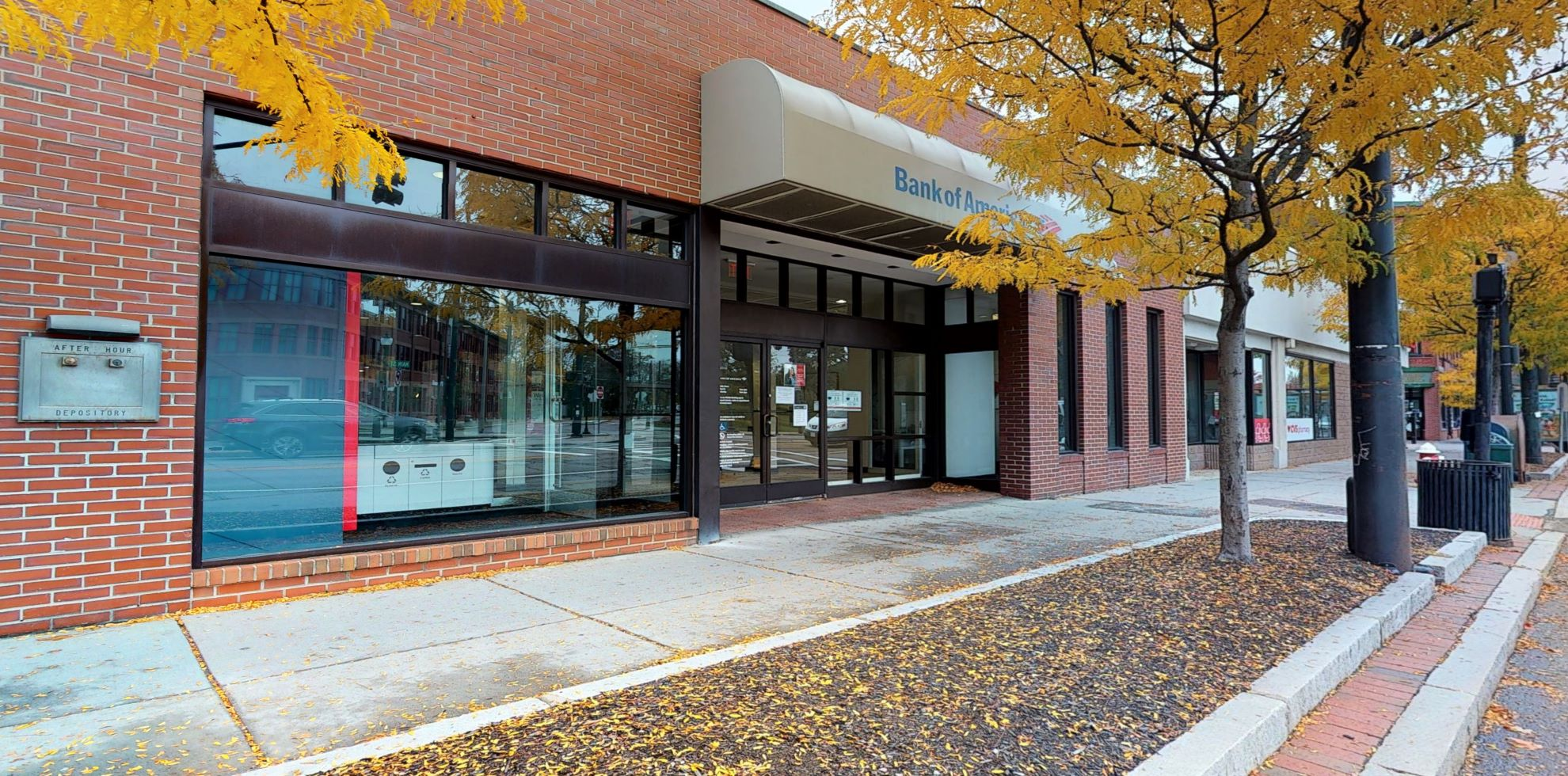 Bank of America financial center with walk-up ATM | 39 Main St, Watertown, MA 02472