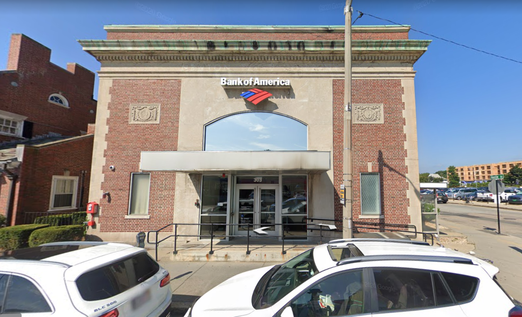 Bank of America financial center with walk-up ATM   303 Walnut St, Newton, MA 02460