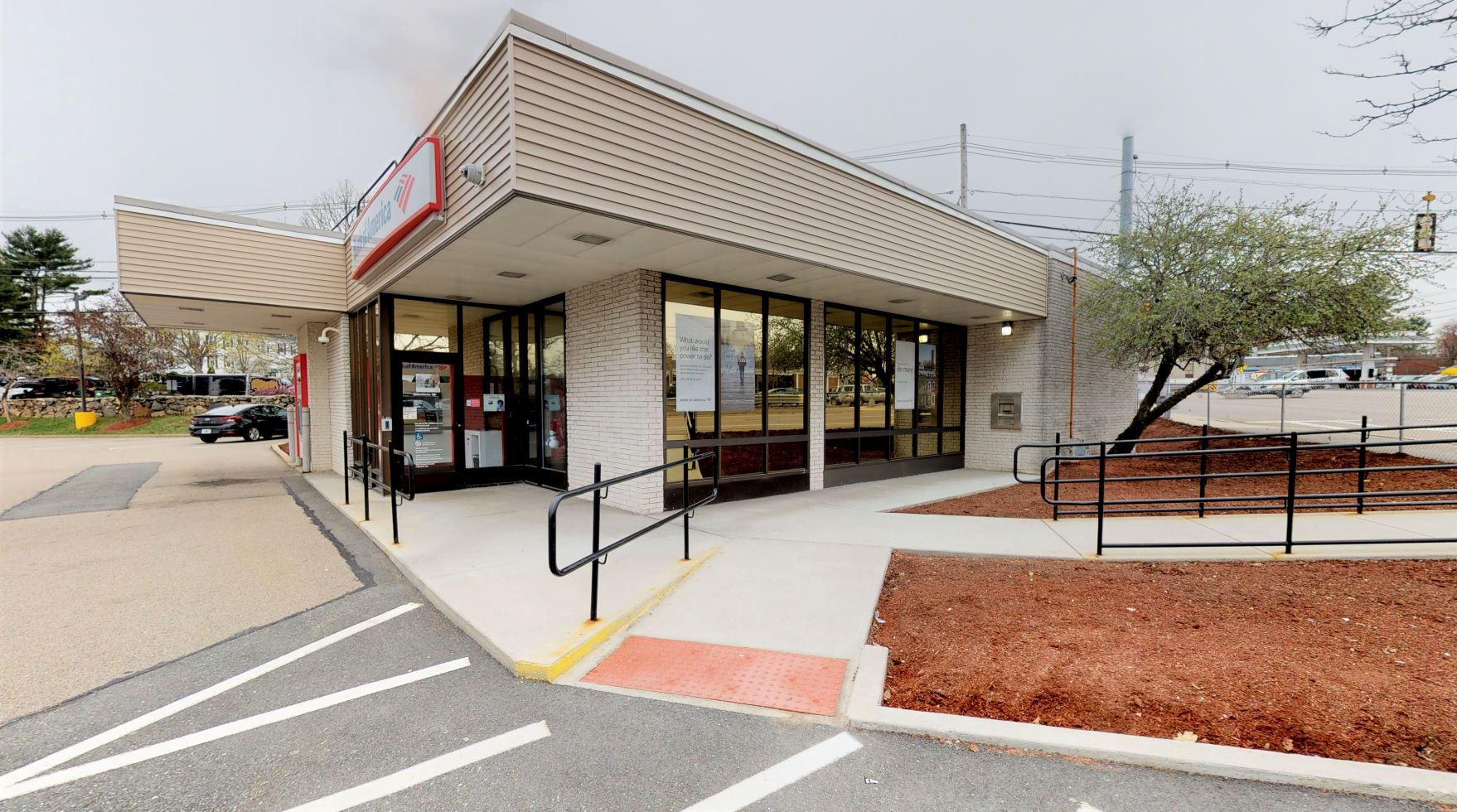 Bank of America financial center with drive-thru ATM | 1270 Worcester Rd, Framingham, MA 01702