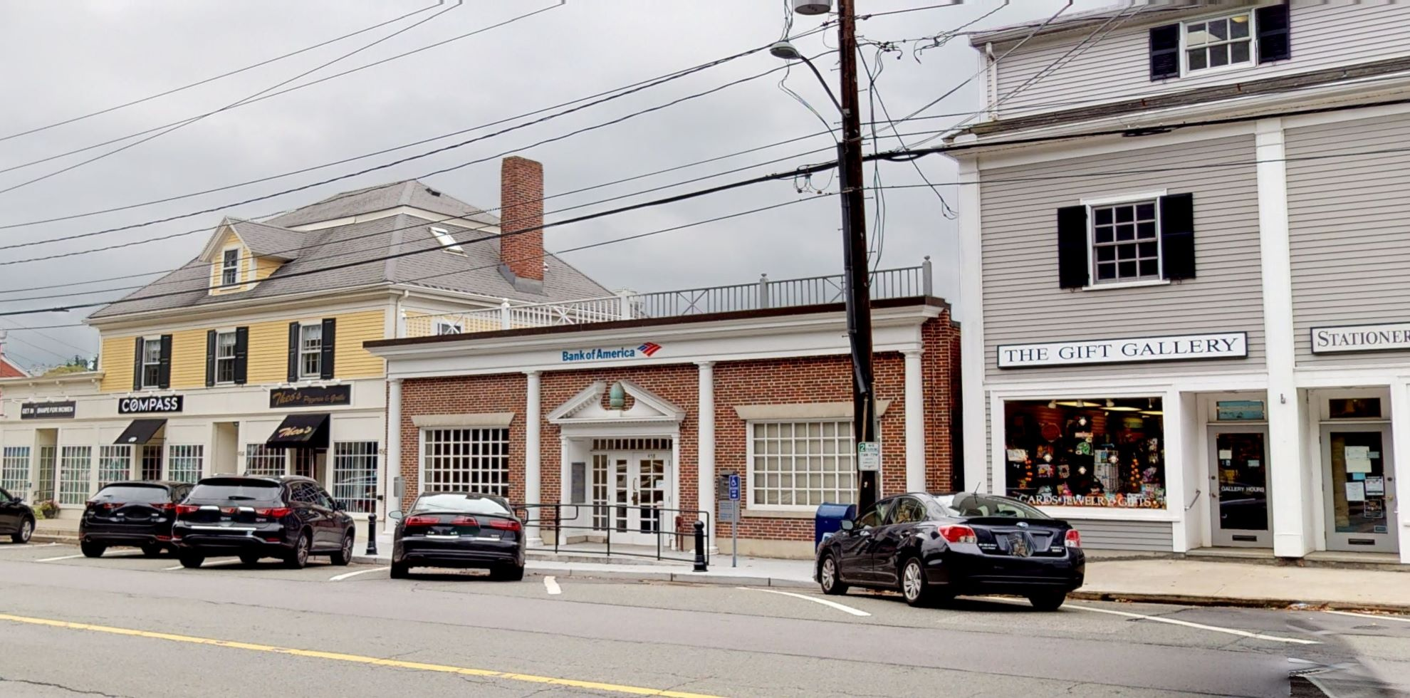 Bank of America financial center with walk-up ATM   458 Boston Post Rd, Weston, MA 02493