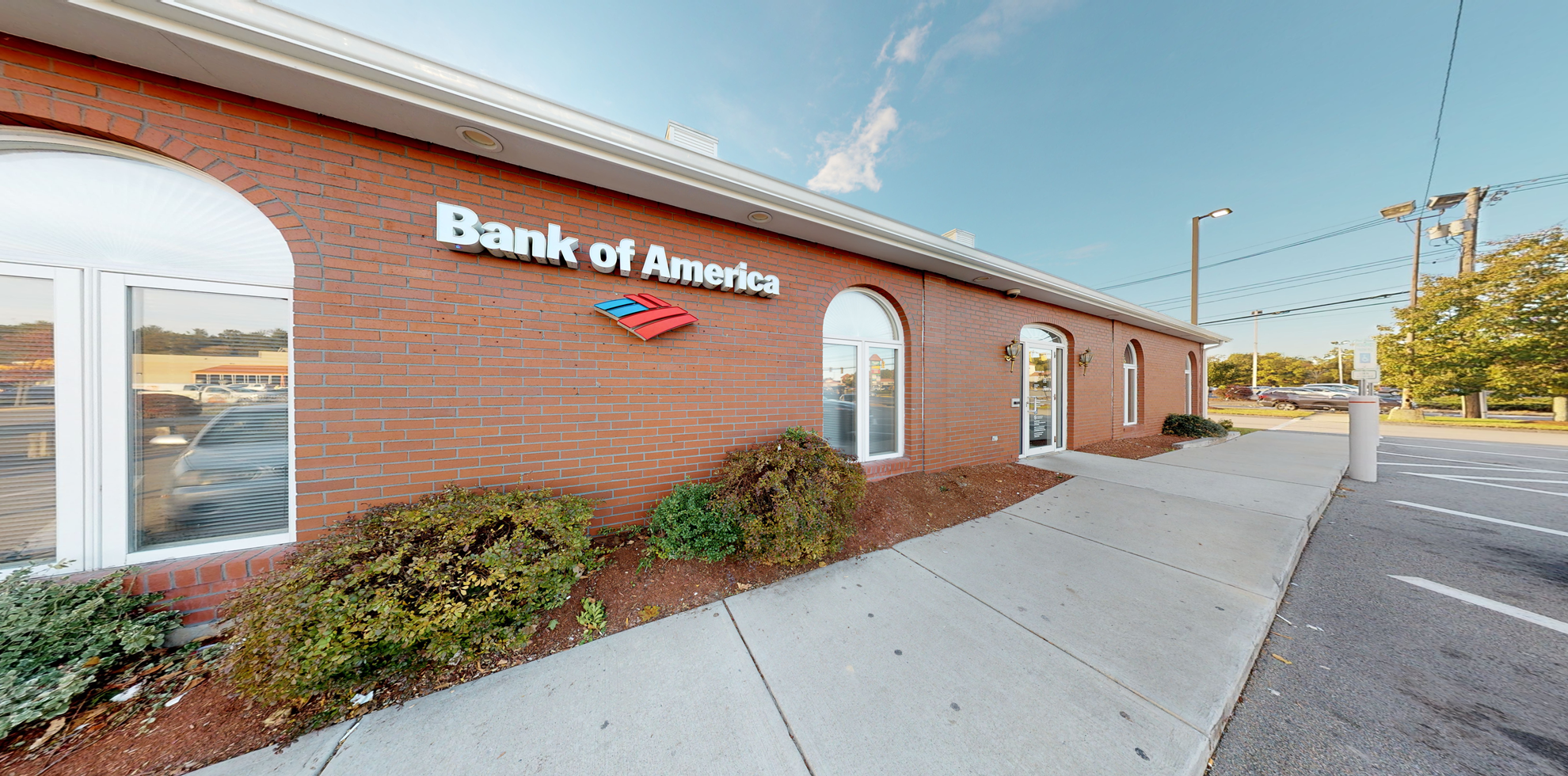 Bank of America financial center with walk-up ATM   695 Crescent St, Brockton, MA 02302