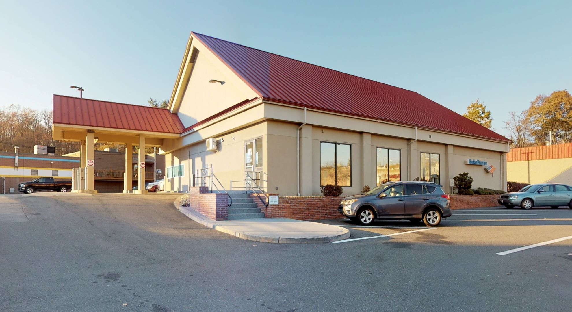Bank of America financial center with drive-thru ATM | 29 W Boylston St, Worcester, MA 01605