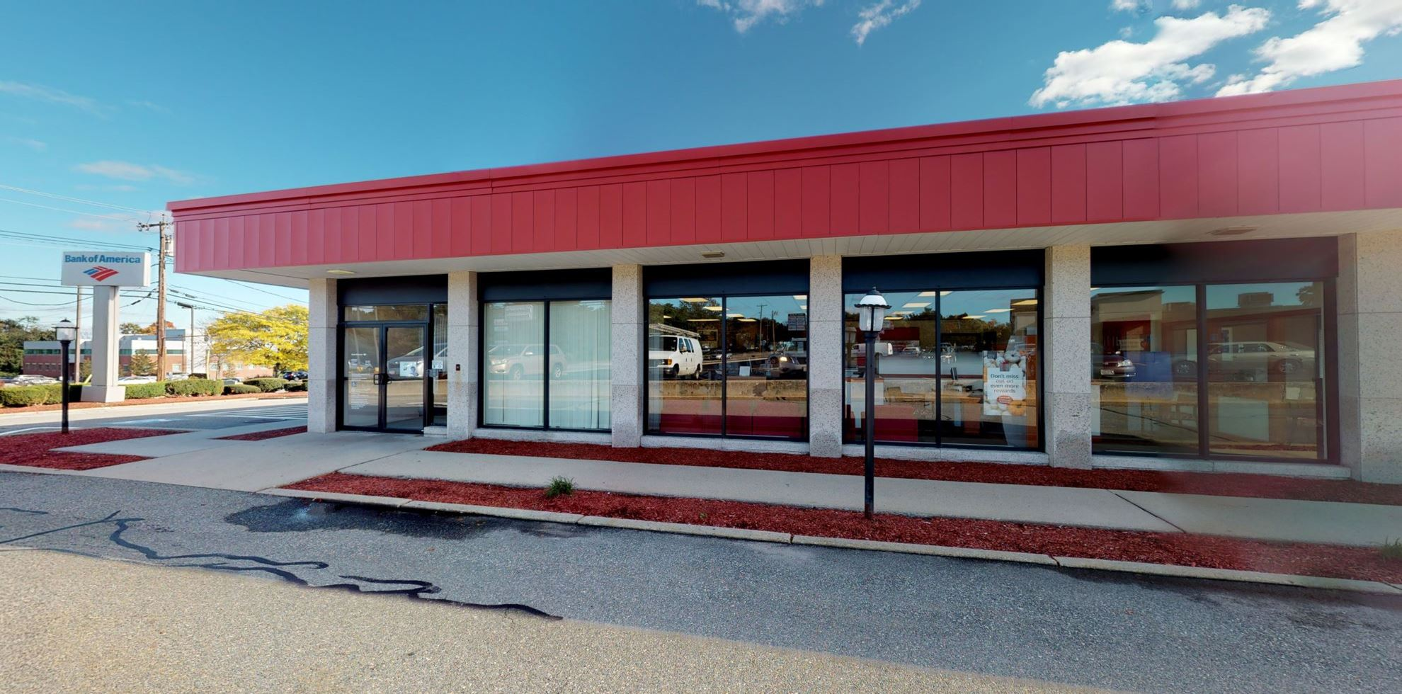 Bank of America financial center with drive-thru ATM | 82 Prospect St, Milford, MA 01757