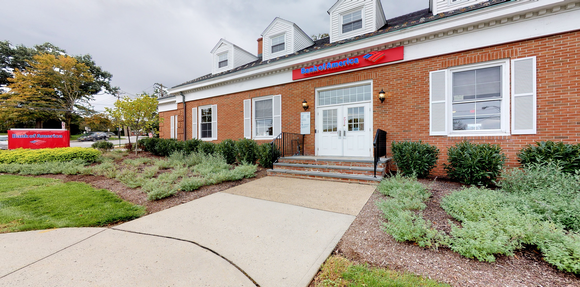 Bank of America financial center with drive-thru ATM and teller | 339 Franklin Ave, Wyckoff, NJ 07481