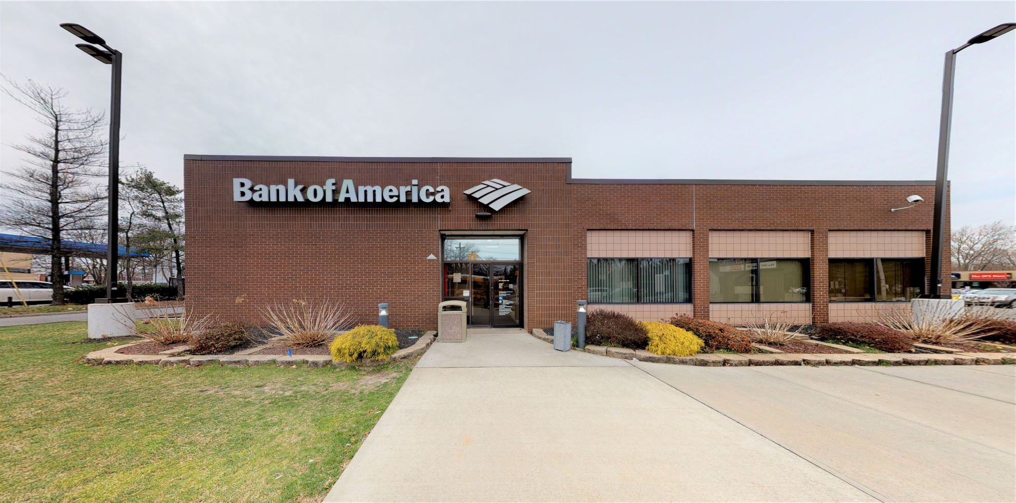 Bank of America financial center with drive-thru ATM | 1034 Saint Georges Ave, Rahway, NJ 07065
