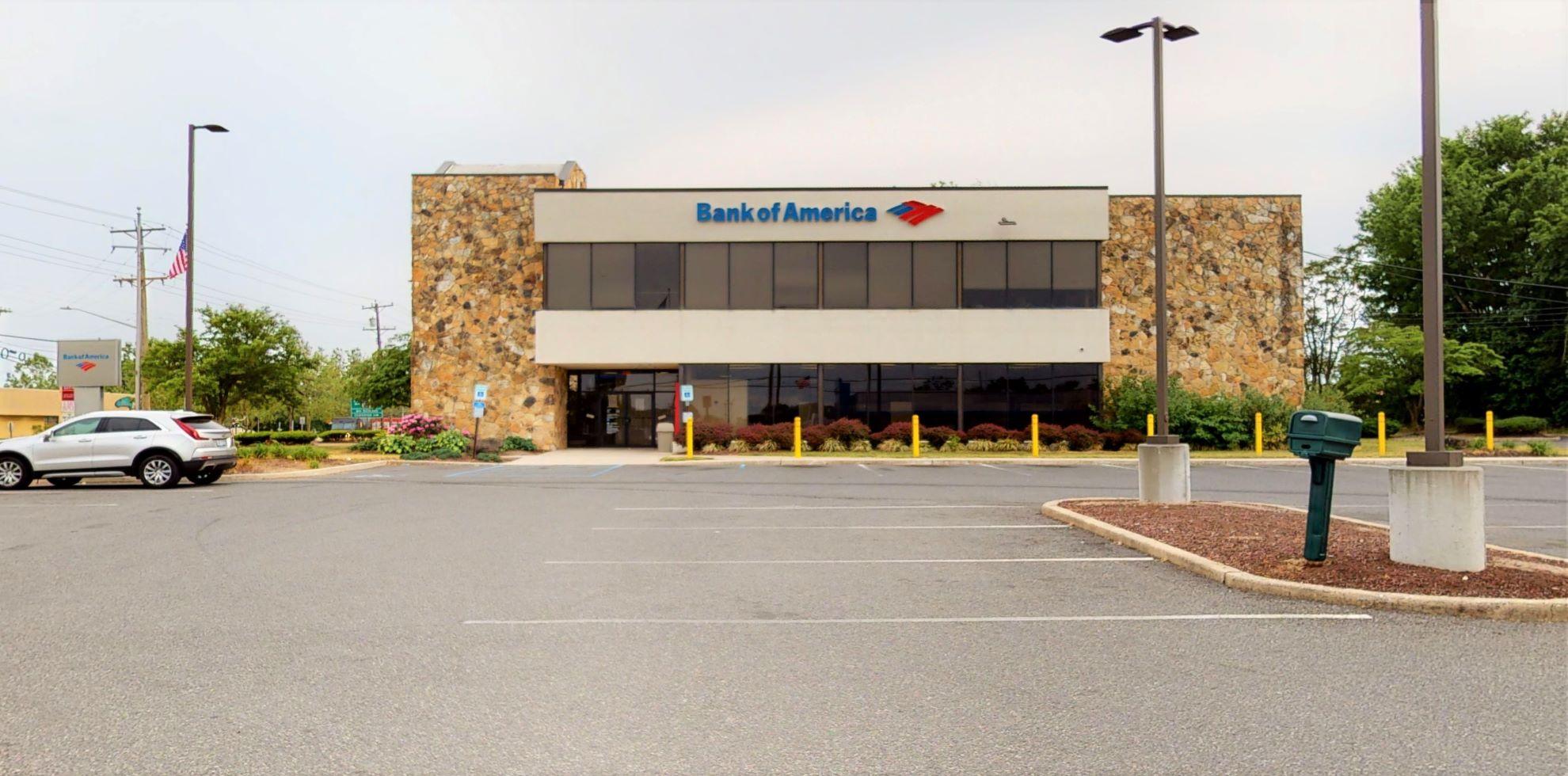 Bank of America financial center with drive-thru ATM   470 N Delsea Dr, Vineland, NJ 08360