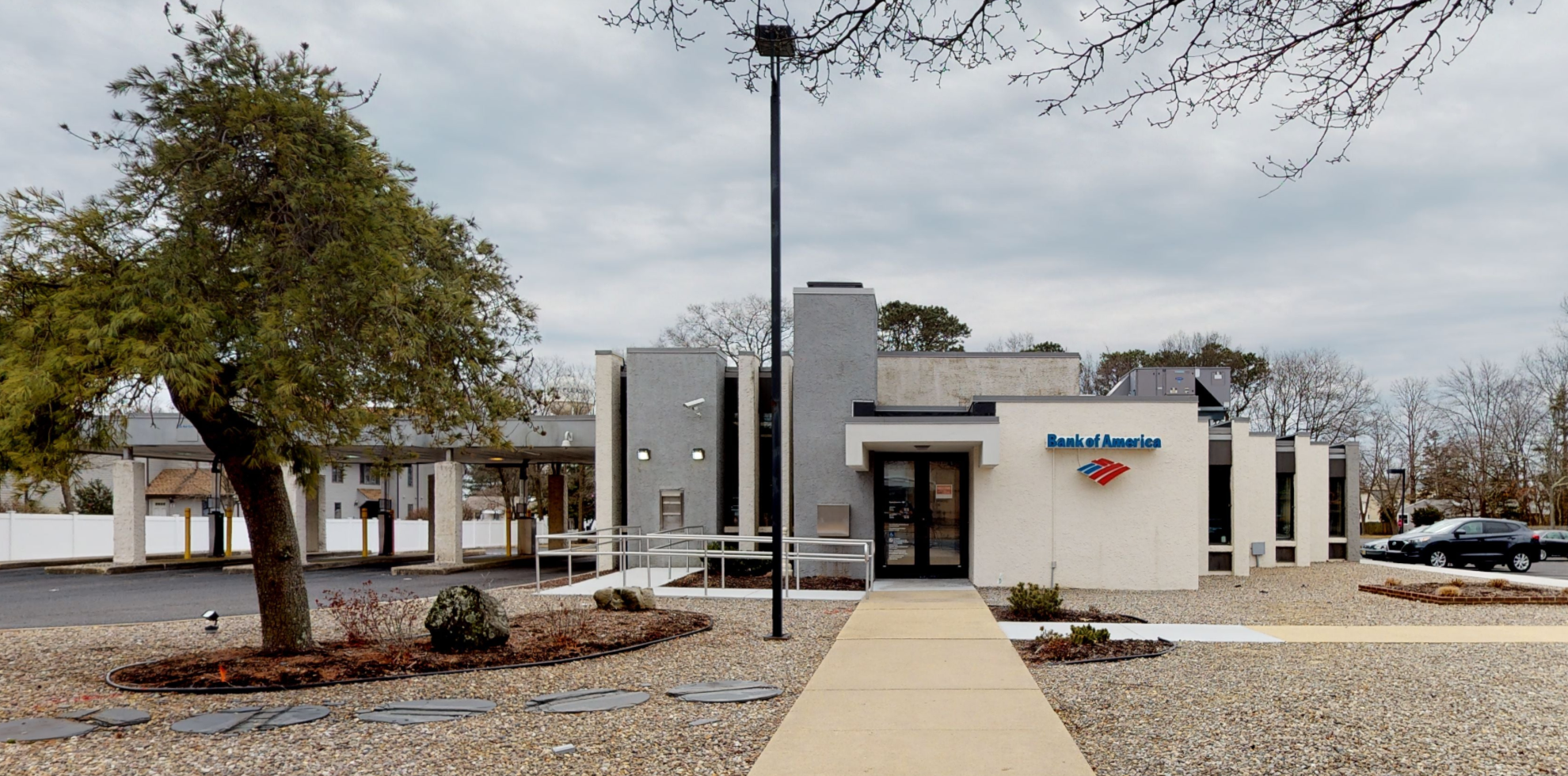 Bank of America financial center with drive-thru ATM | 2232 Bridge Ave, Point Pleasant, NJ 08742