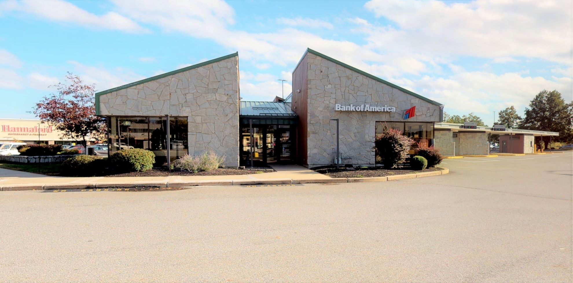 Bank of America financial center with drive-thru ATM   425 Philbrook Ave, South Portland, ME 04106