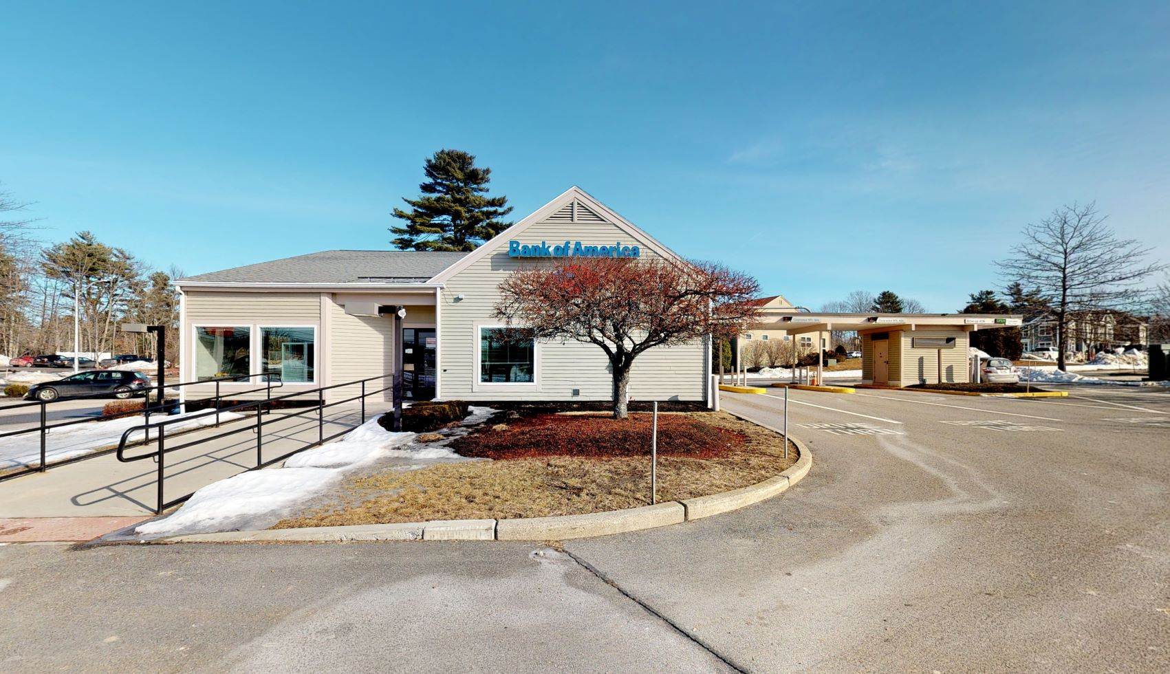 Bank of America financial center with drive-thru ATM   37 Gorham Rd, Scarborough, ME 04074