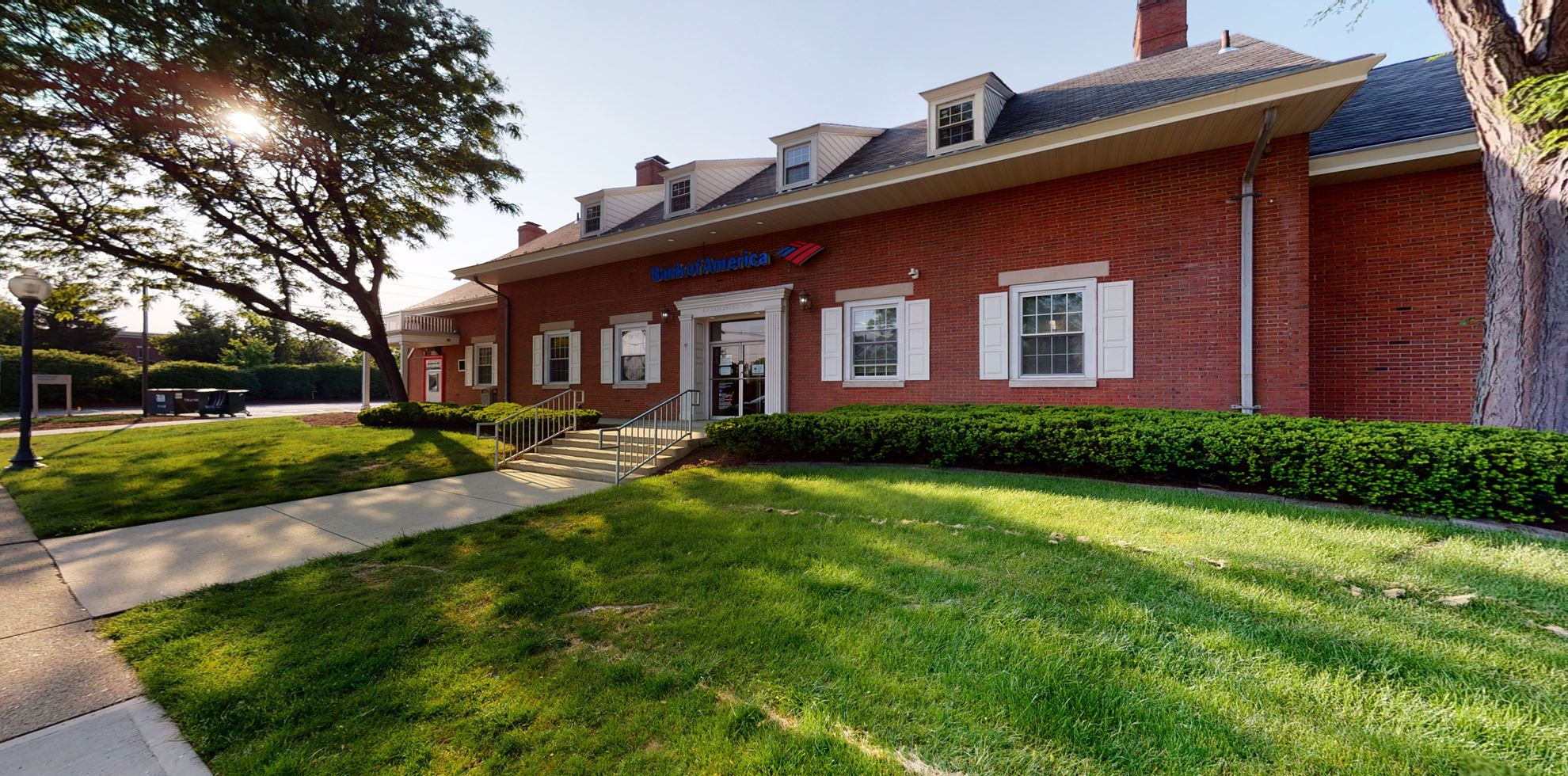 Bank of America financial center with drive-thru ATM   84 Park Ave, Hillsdale, NJ 07642