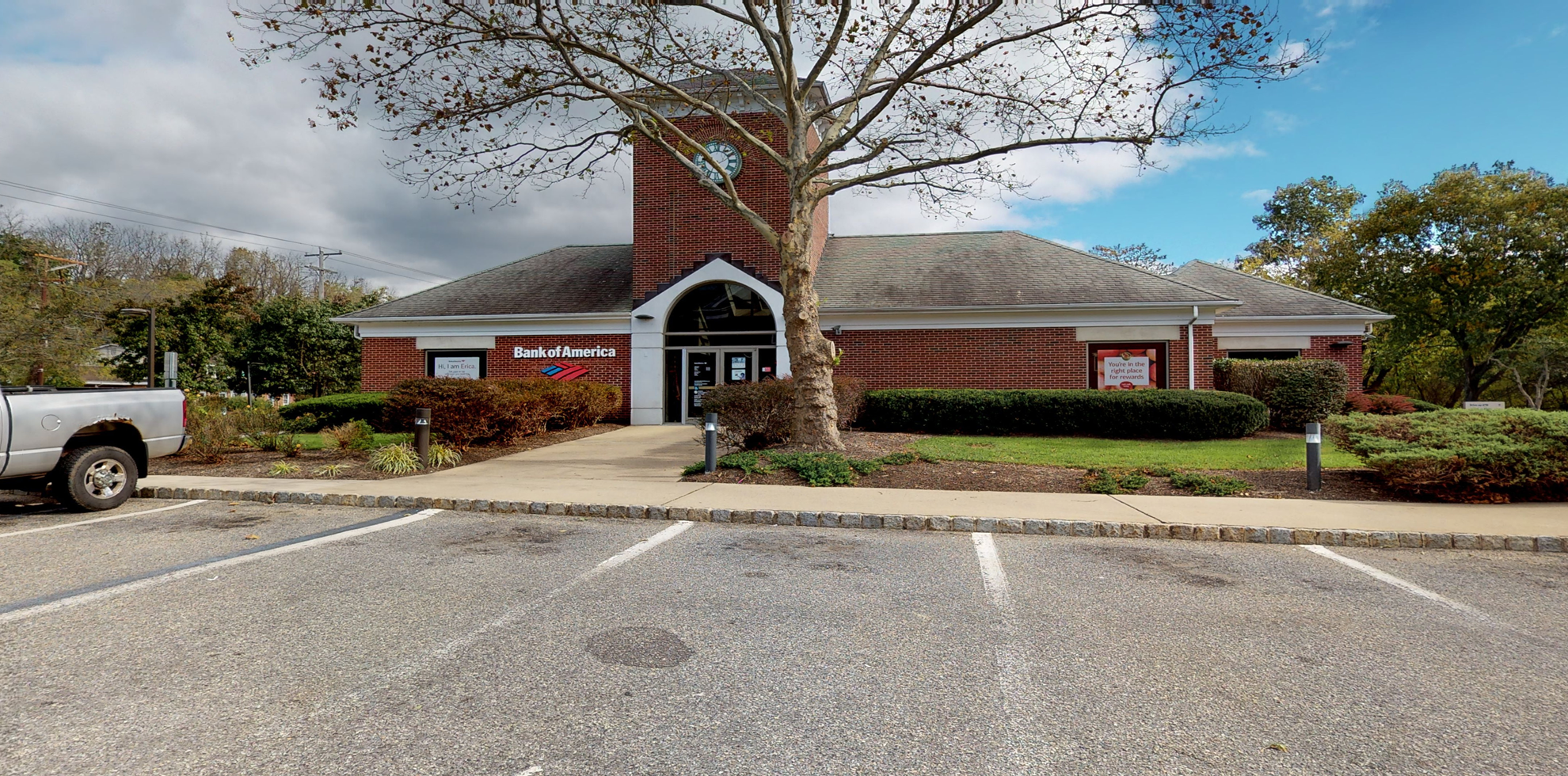 Bank of America financial center with drive-thru ATM   50 Route 173, Clinton, NJ 08809