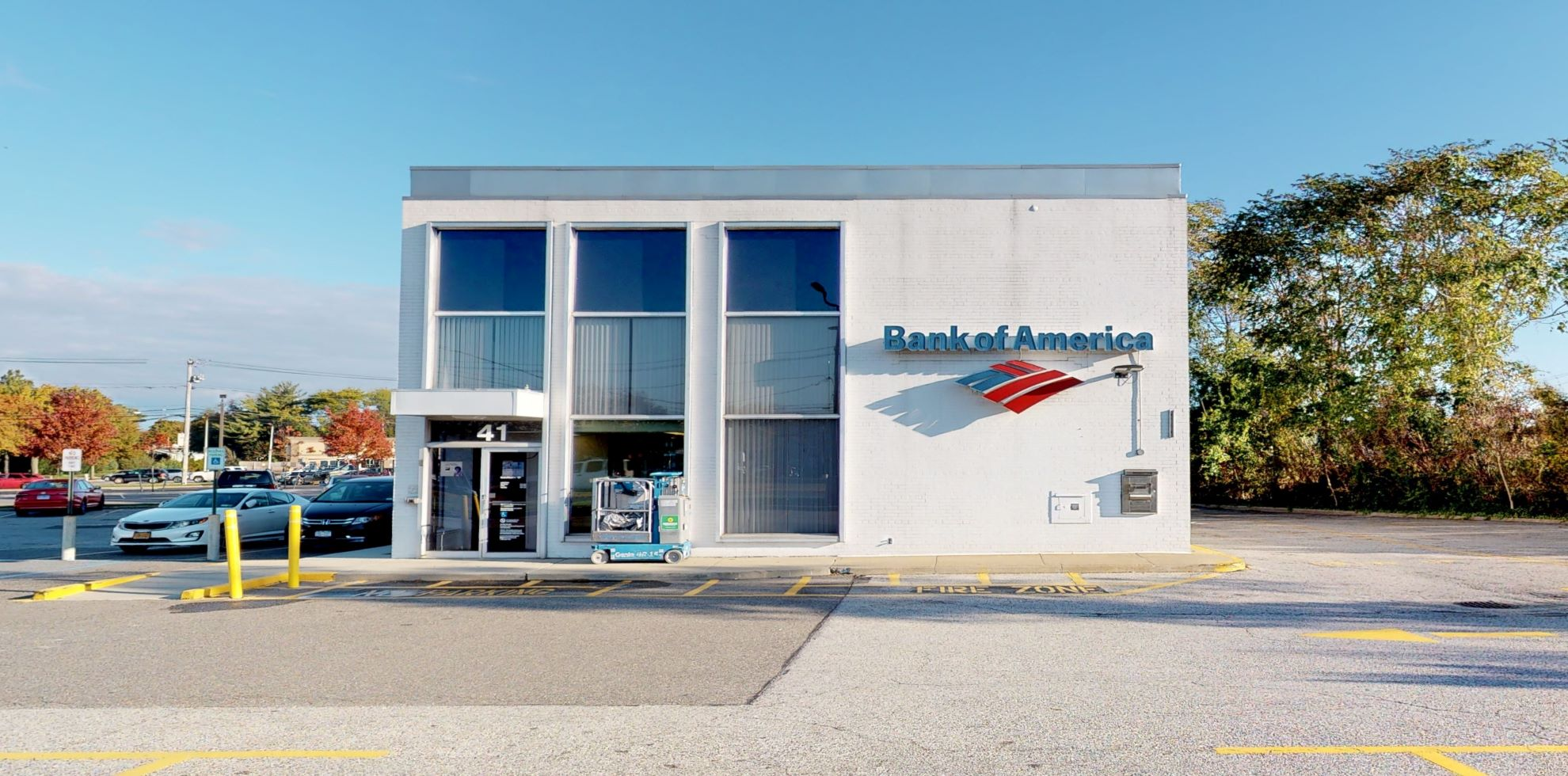 Bank of America financial center with drive-thru ATM | 41 Veterans Memorial Hwy, Commack, NY 11725