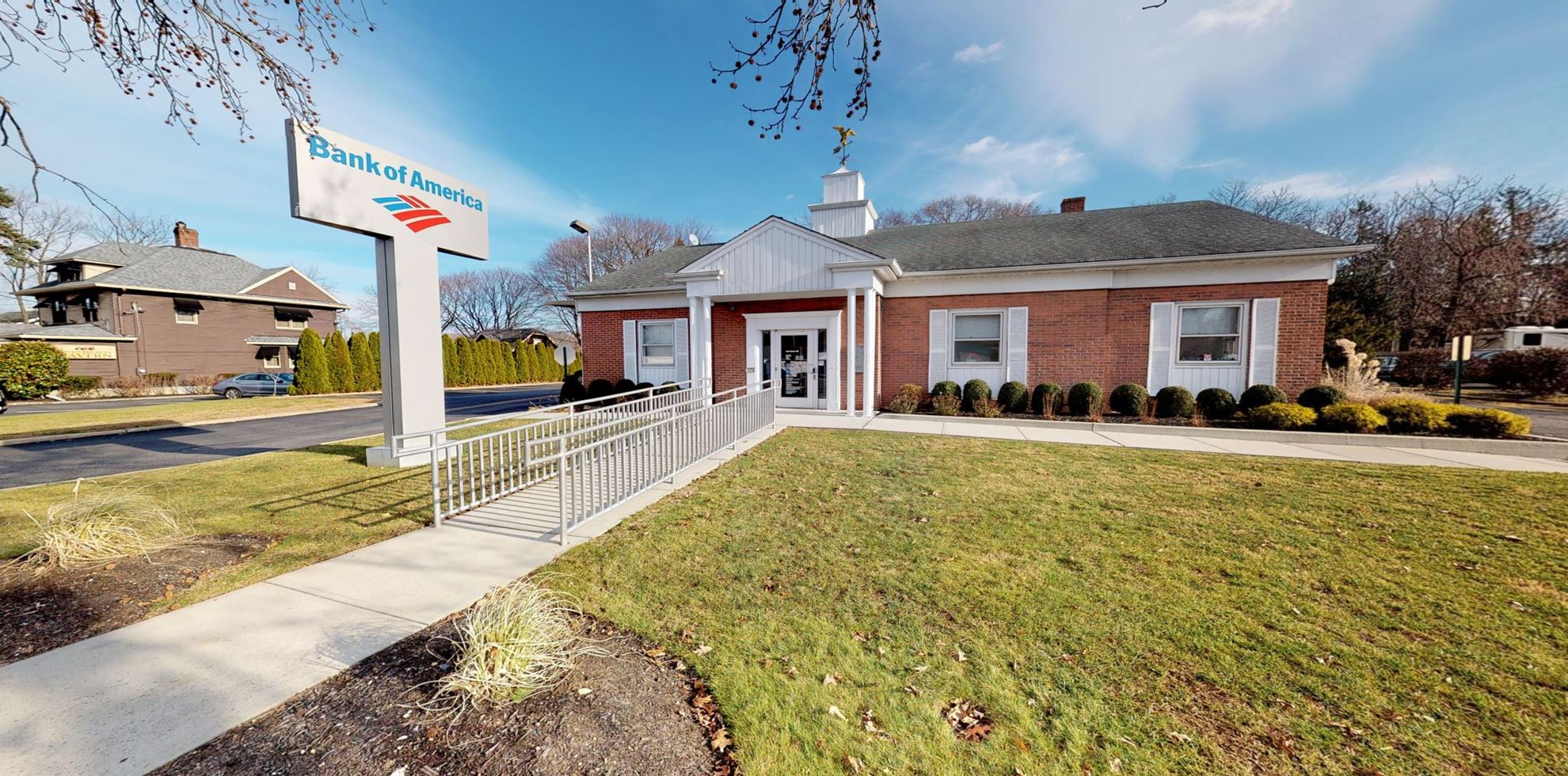Bank of America financial center with drive-thru ATM | 680 Fort Salonga Rd, Northport, NY 11768