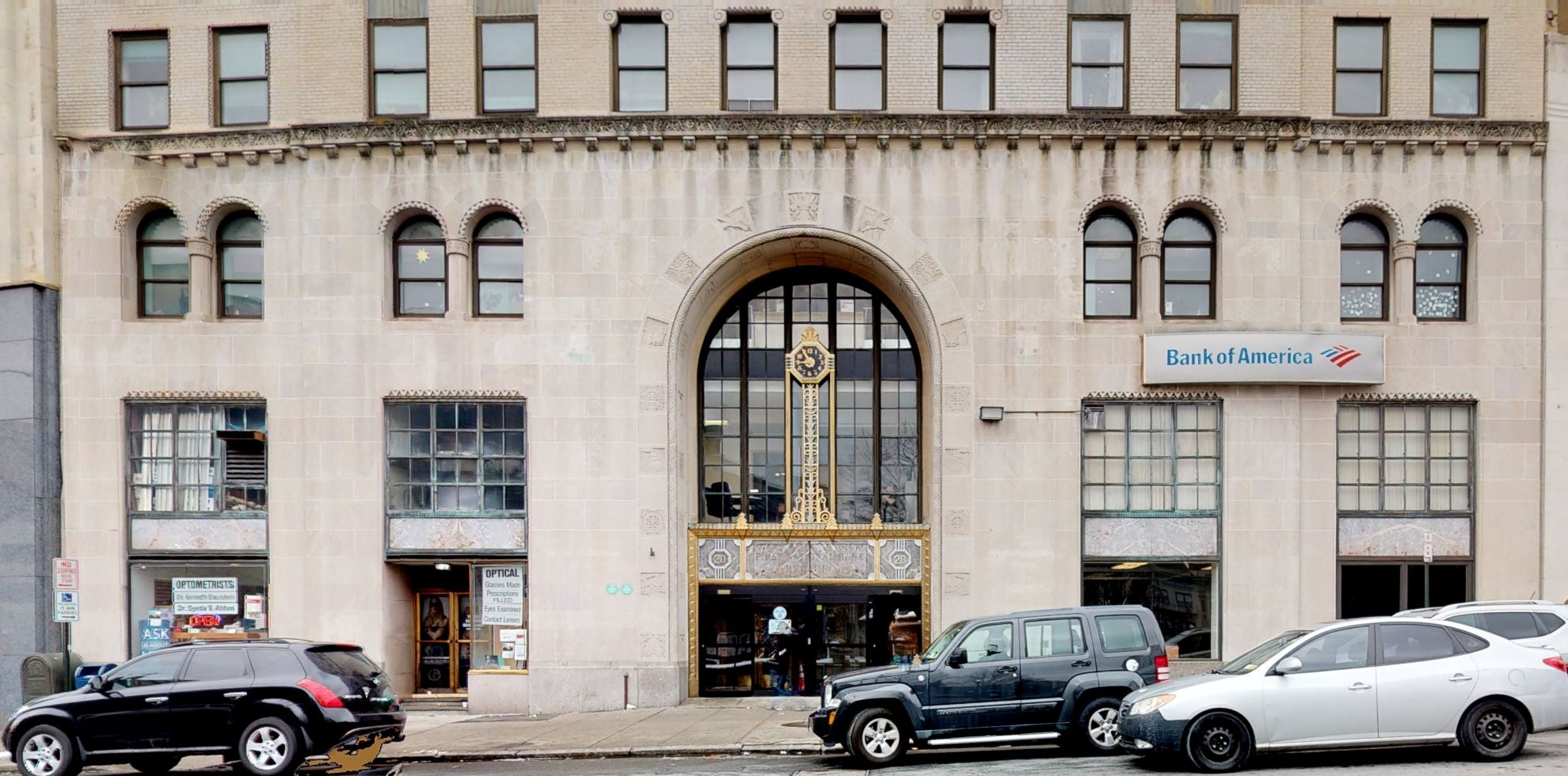 Bank of America financial center with walk-up ATM | 20 S Broadway, Yonkers, NY 10701
