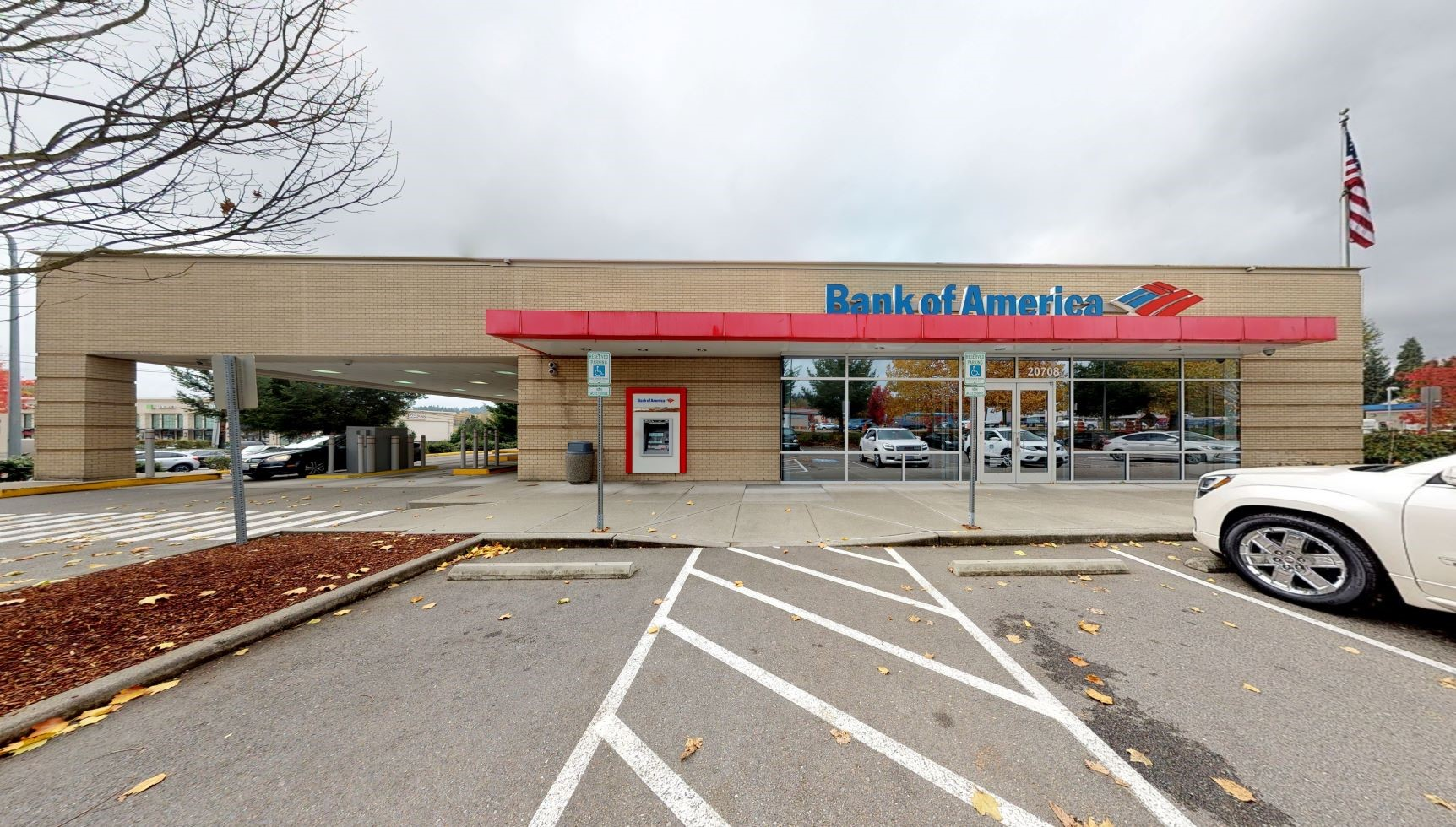 Bank of America financial center with drive-thru ATM | 20708 Bothell Everett Hwy, Bothell, WA 98012