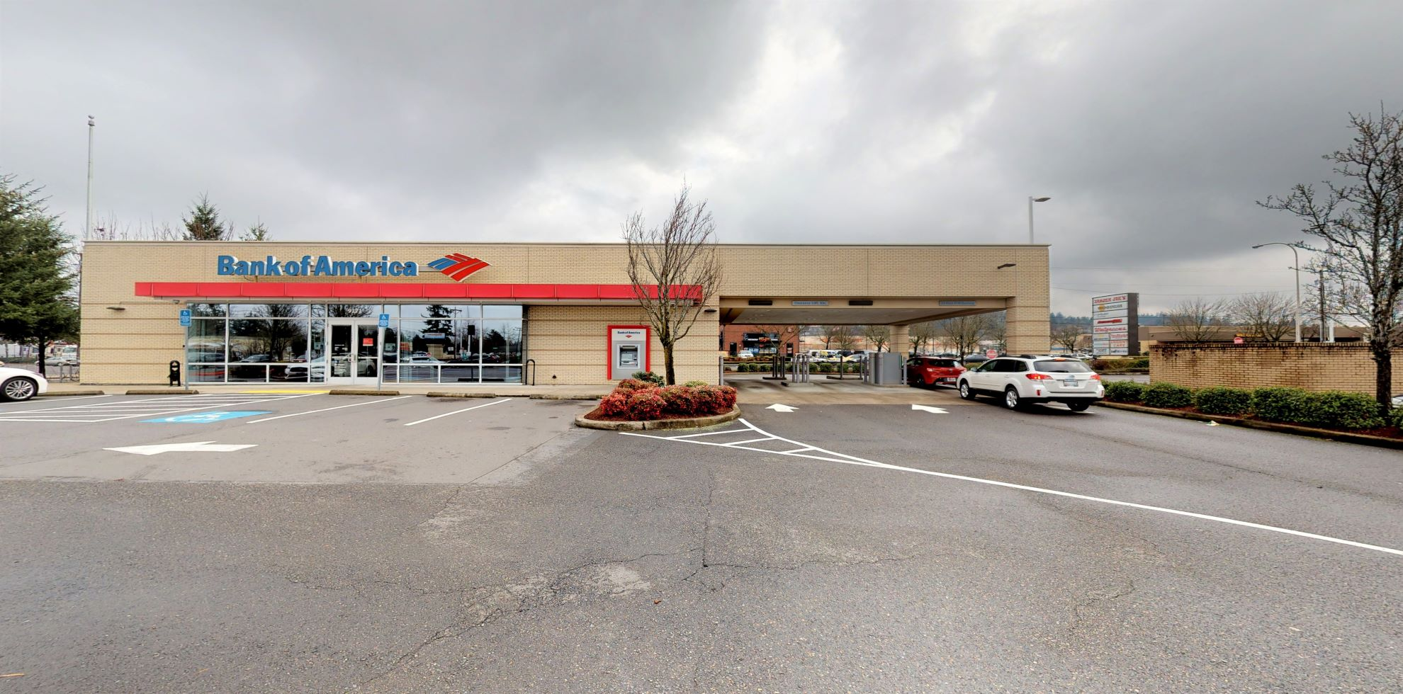 Bank of America financial center with drive-thru ATM   9171 SE 82nd Ave, Portland, OR 97086