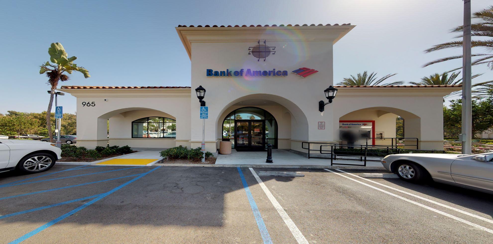 Bank of America financial center with drive-thru ATM | 965 Avenida Pico, San Clemente, CA 92673