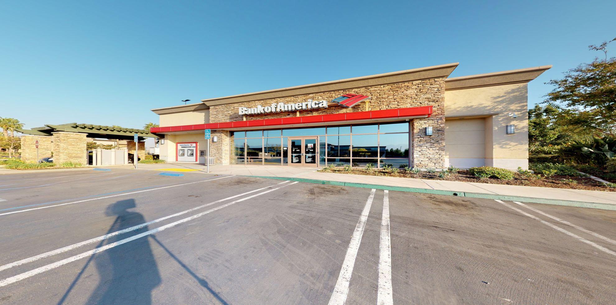 Bank of America financial center with drive-thru ATM | 570 Hidden Valley Pkwy, Corona, CA 92879