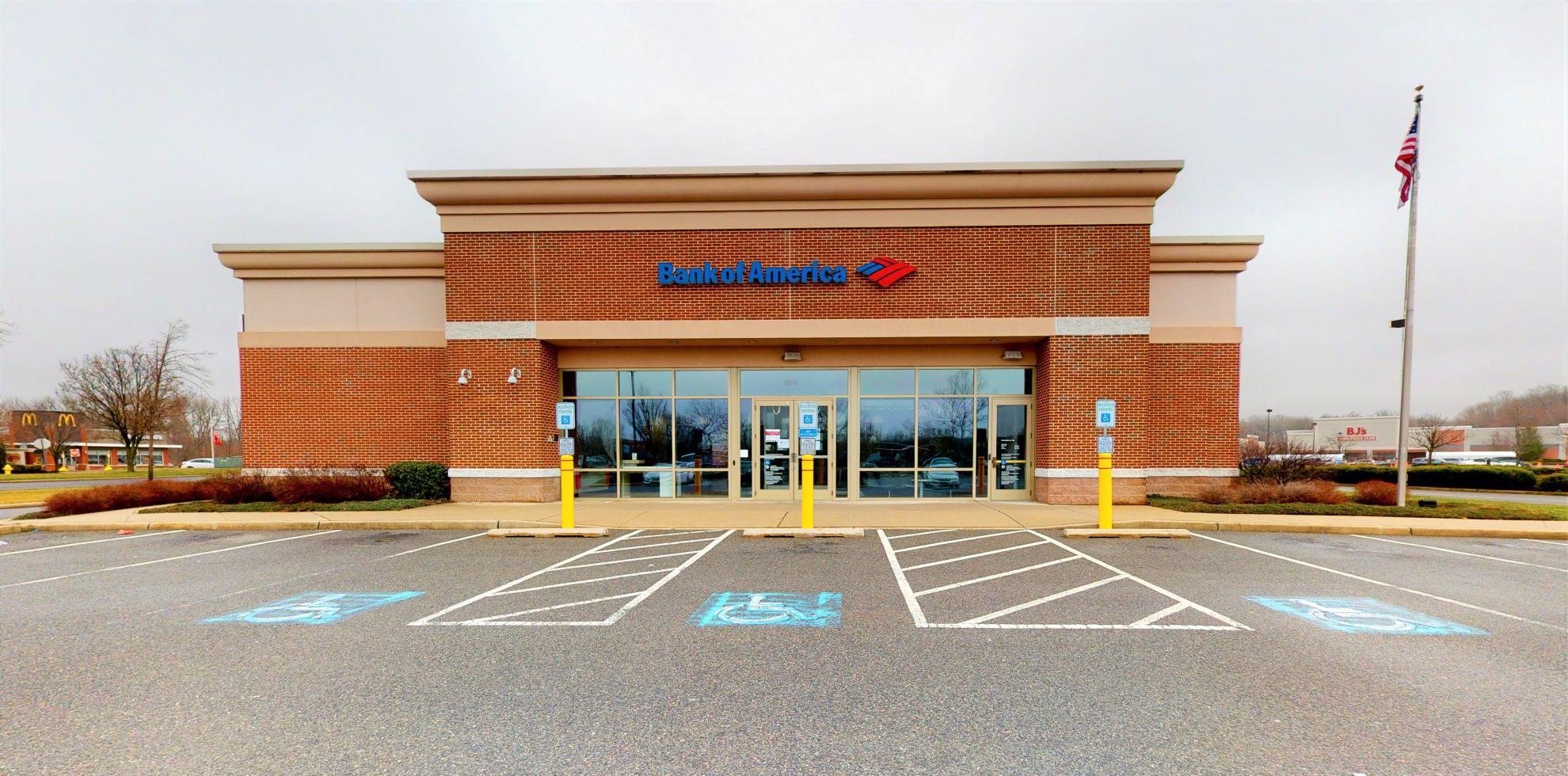 Bank of America financial center with drive-thru ATM | 800 Marketplace Blvd, Hamilton, NJ 08691
